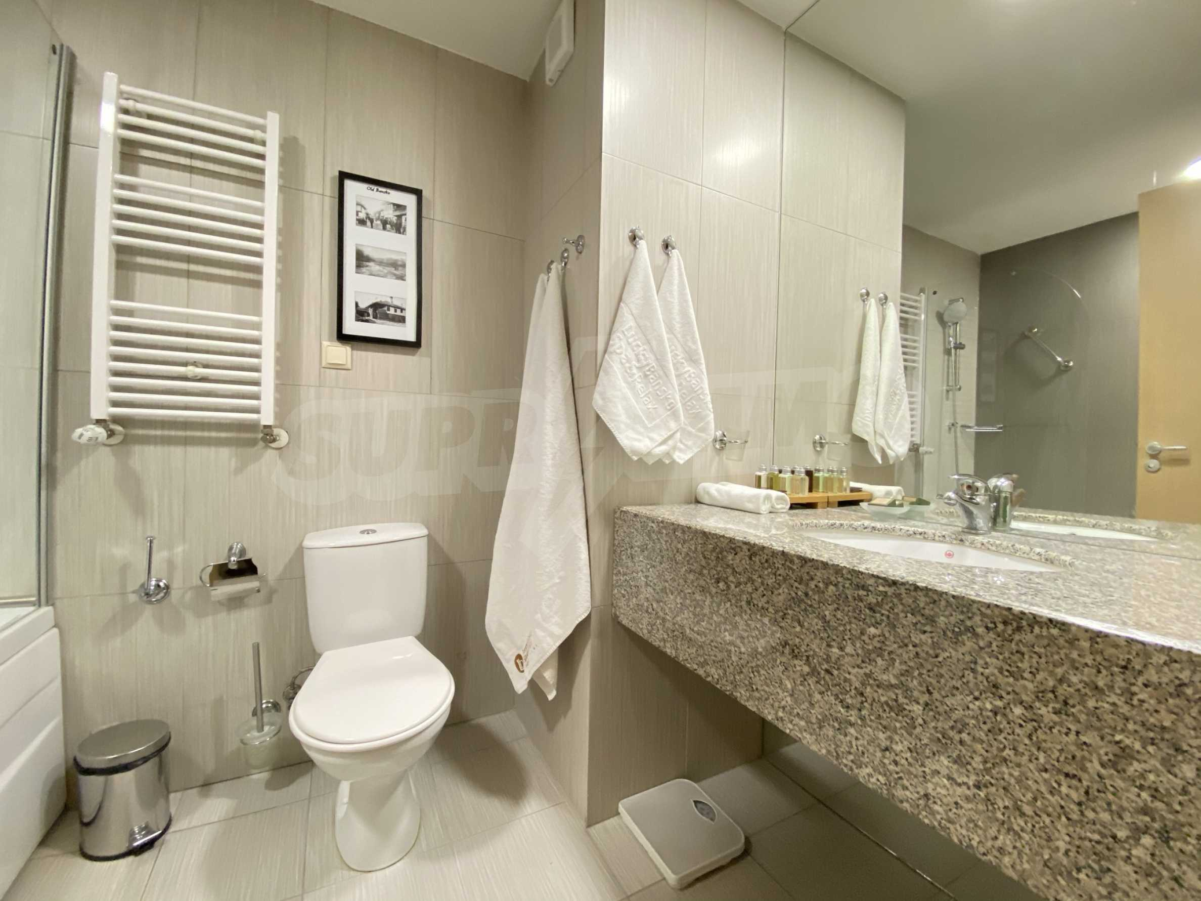 Stylishly furnished studio with southern exposure in Lucky Bansko complex 5