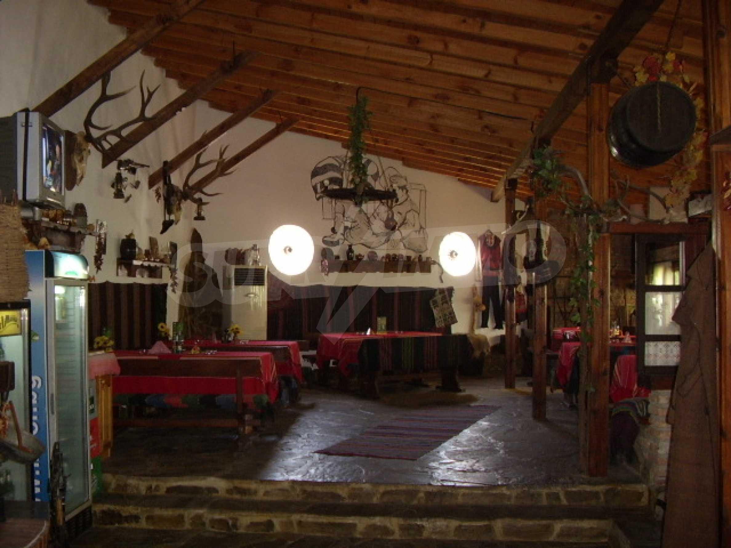 Gästehaus mit Taverne 2