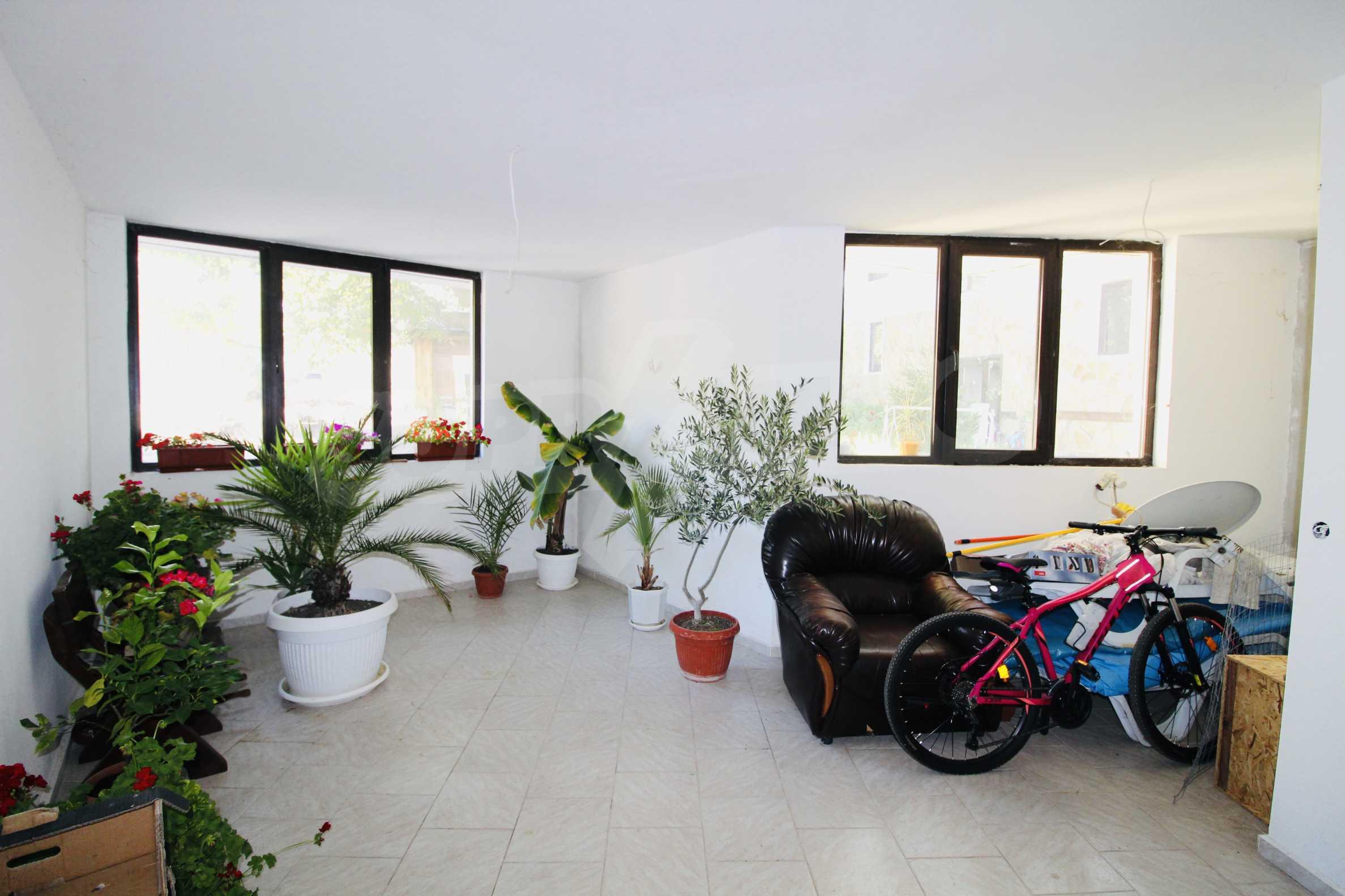 Zwei-Zimmer-Wohnung mit Parkplatz und Keller in der berühmten architektonischen Reserve Arbanassi 4