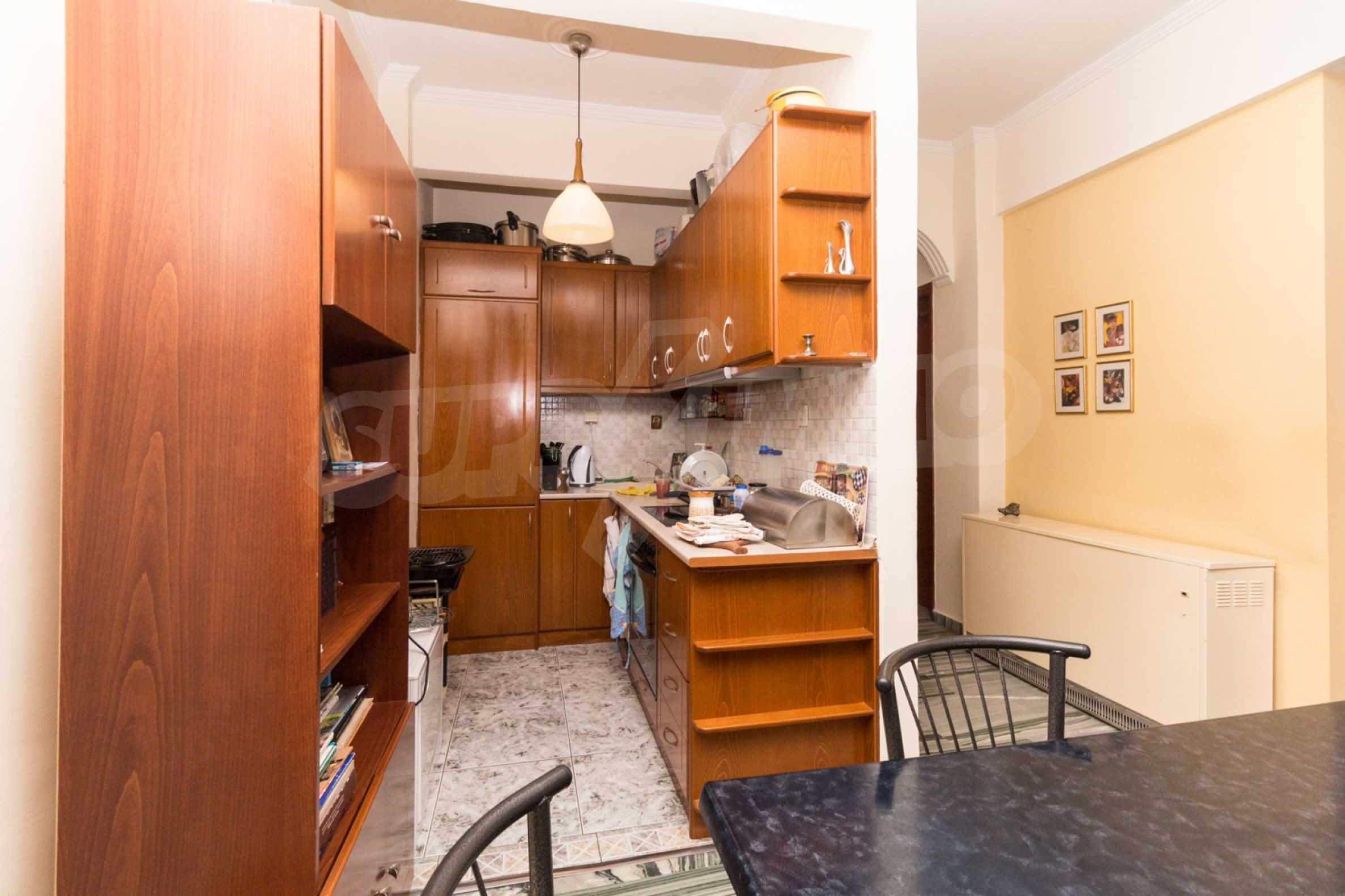 Апартамент  в  Полигирос 13