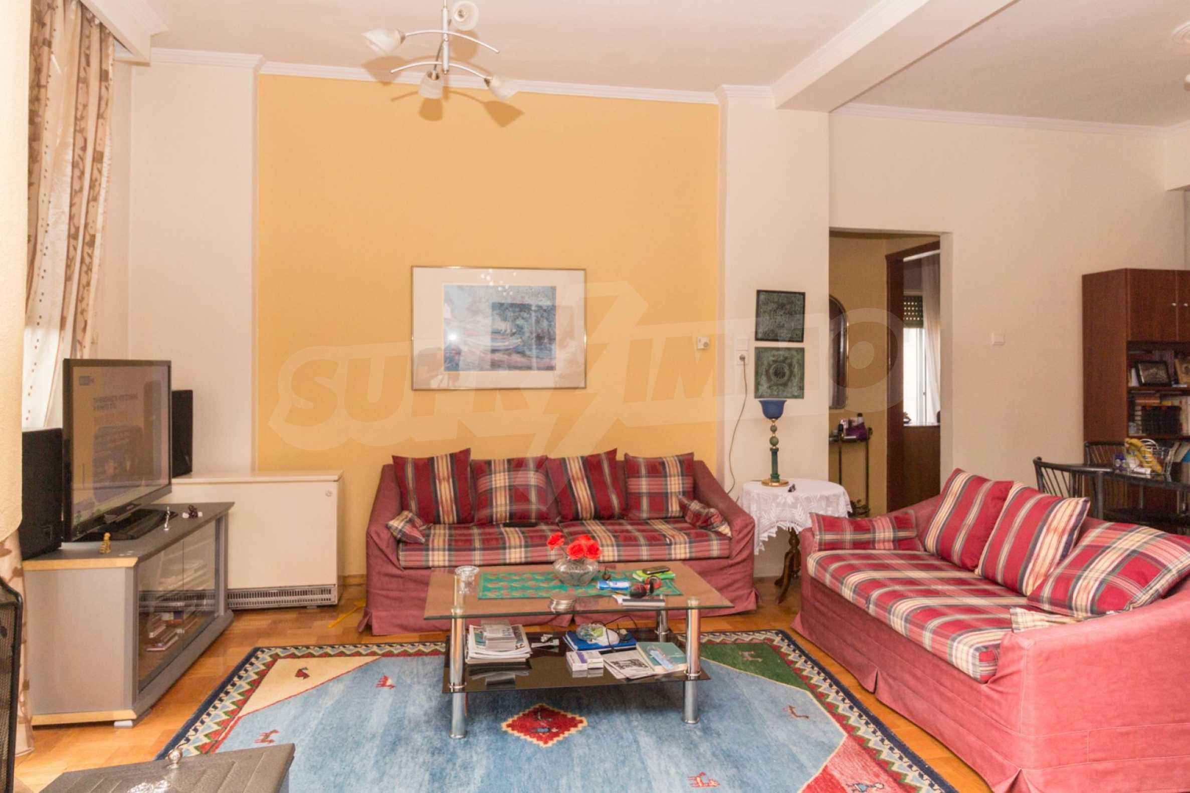 Апартамент  в  Полигирос 4