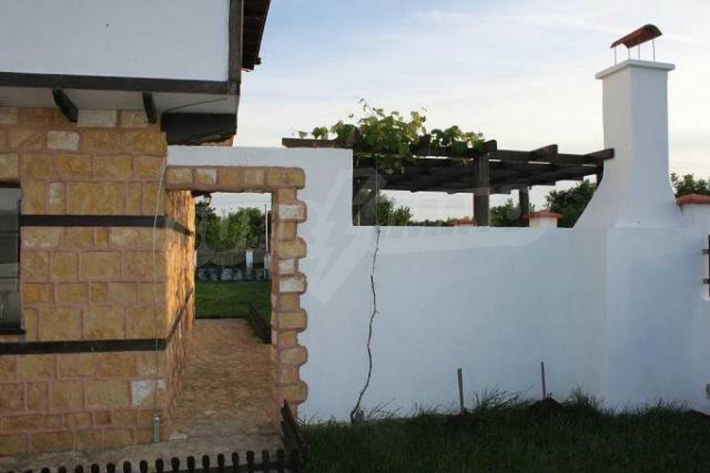 Прекрасный новый двухэтажный дом недалеко от Балчик 24