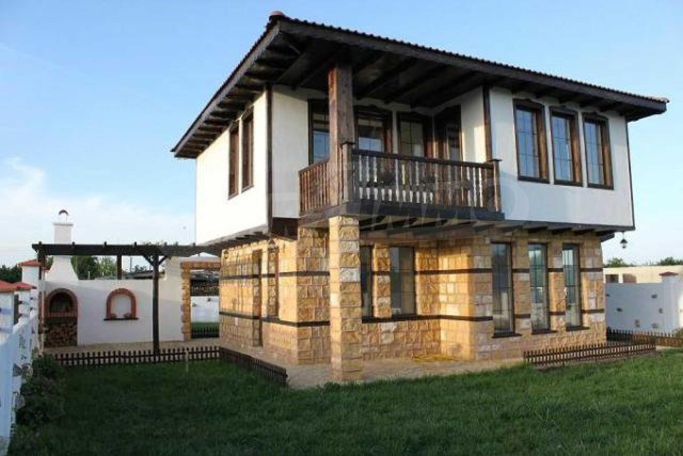Прекрасный новый двухэтажный дом недалеко от Балчик 27