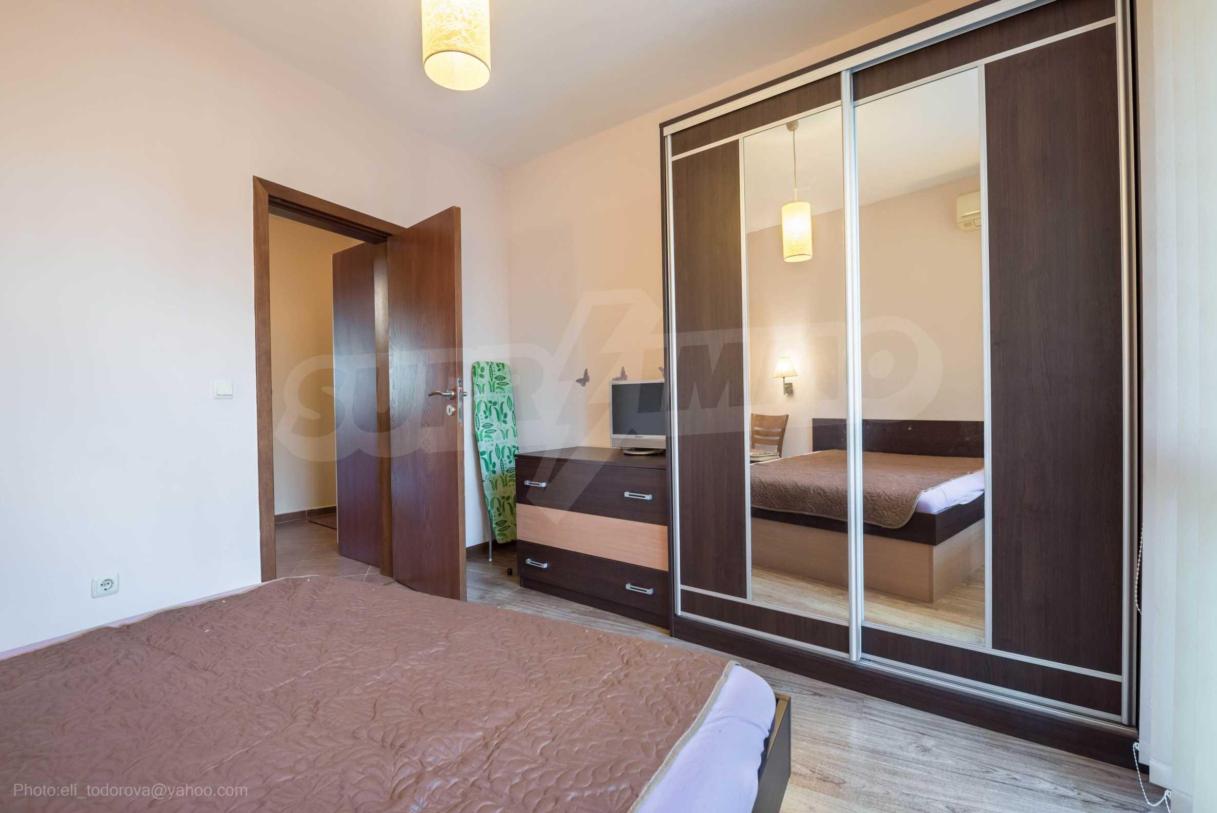 Апартамент  ИНА  12
