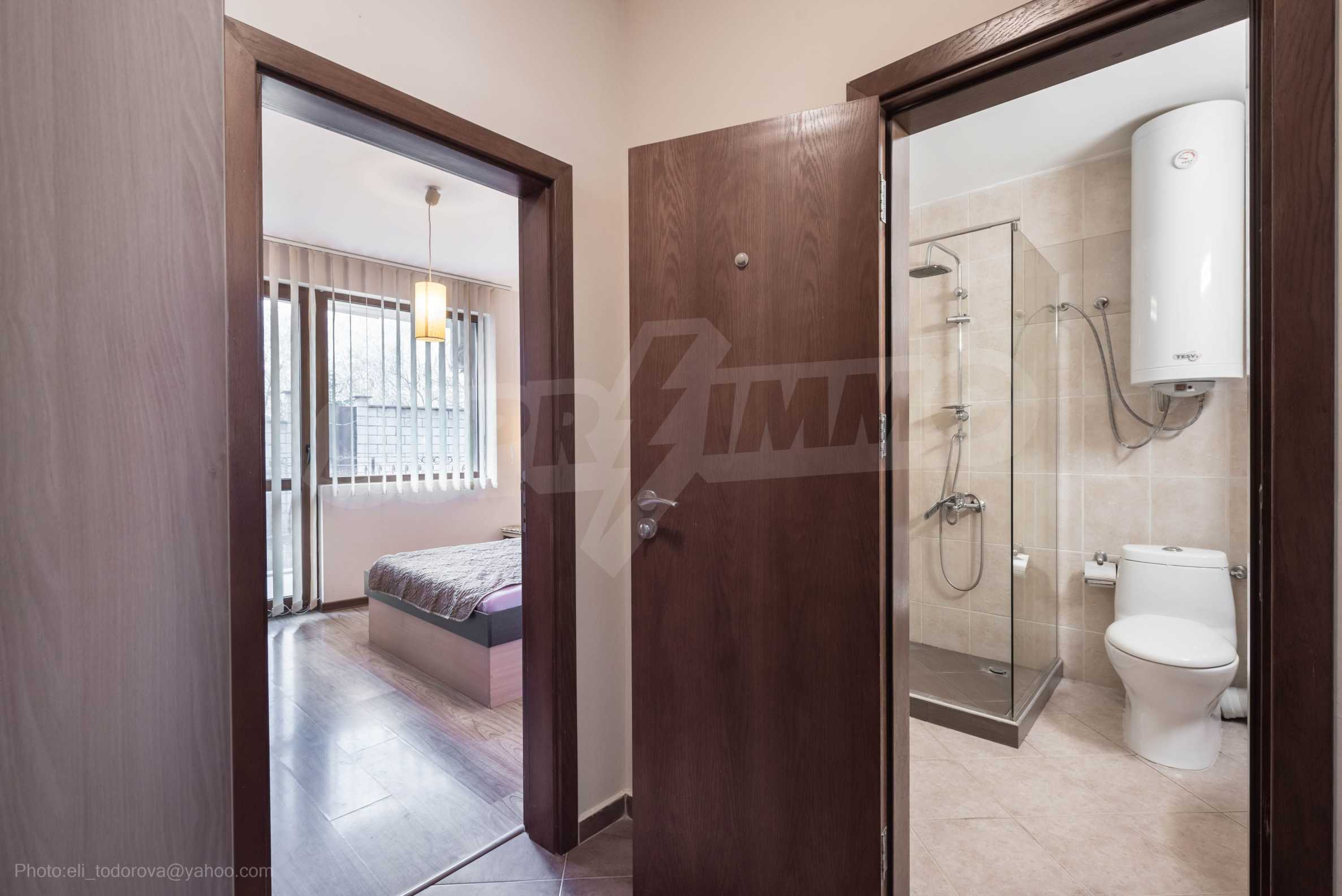 Апартамент  ИНА  14