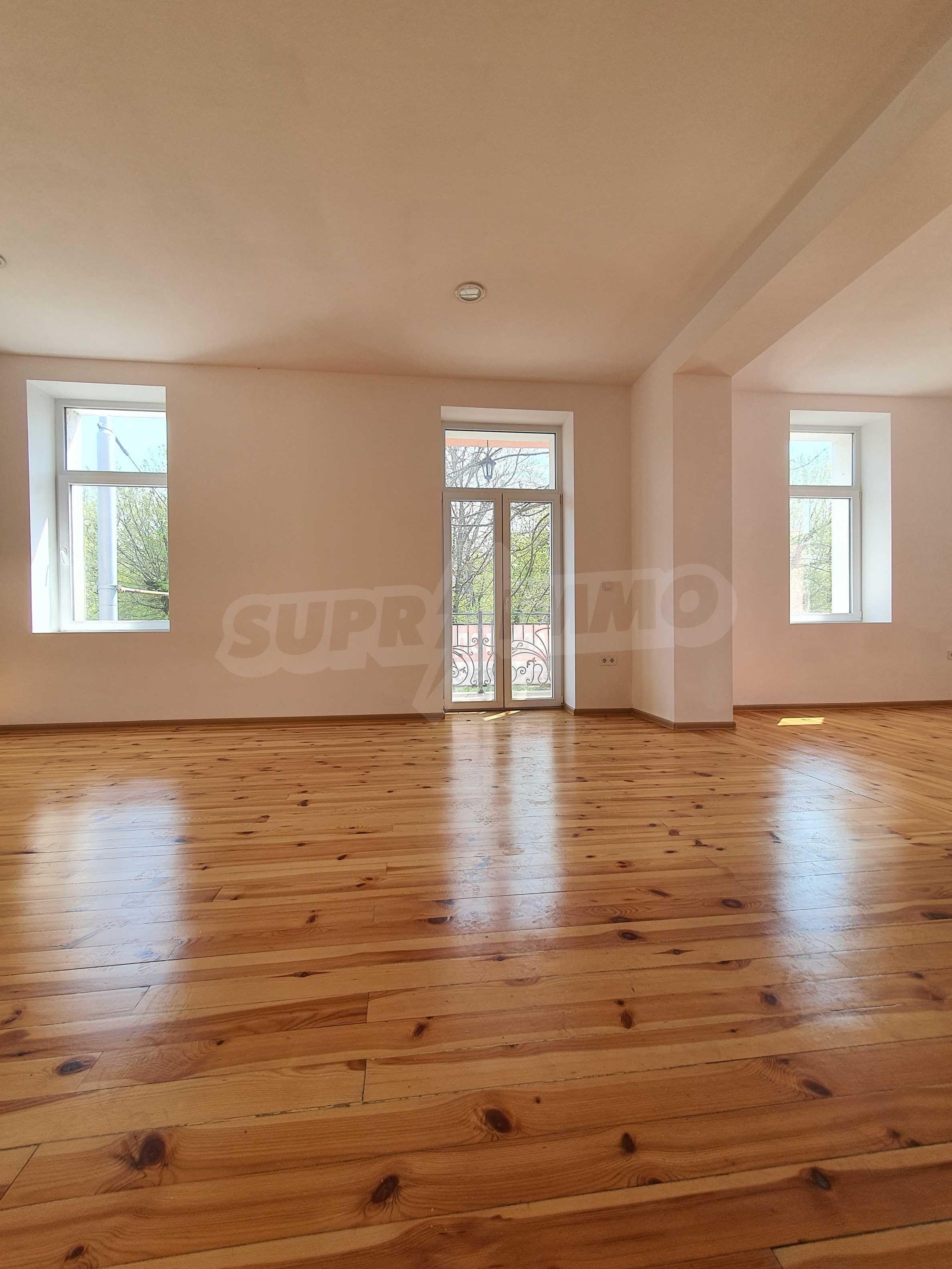 House for sale in the center opposite Dondukova Garden 2