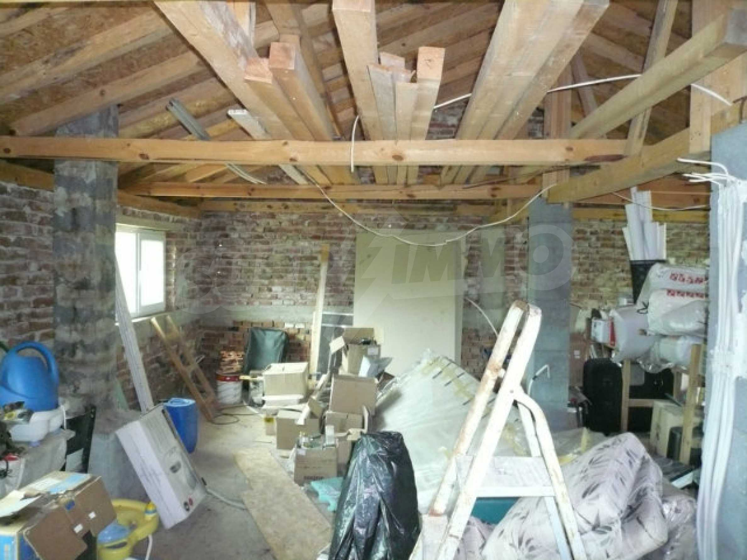 Солидный дом в отличном состоянии в 30 км от Видин 23