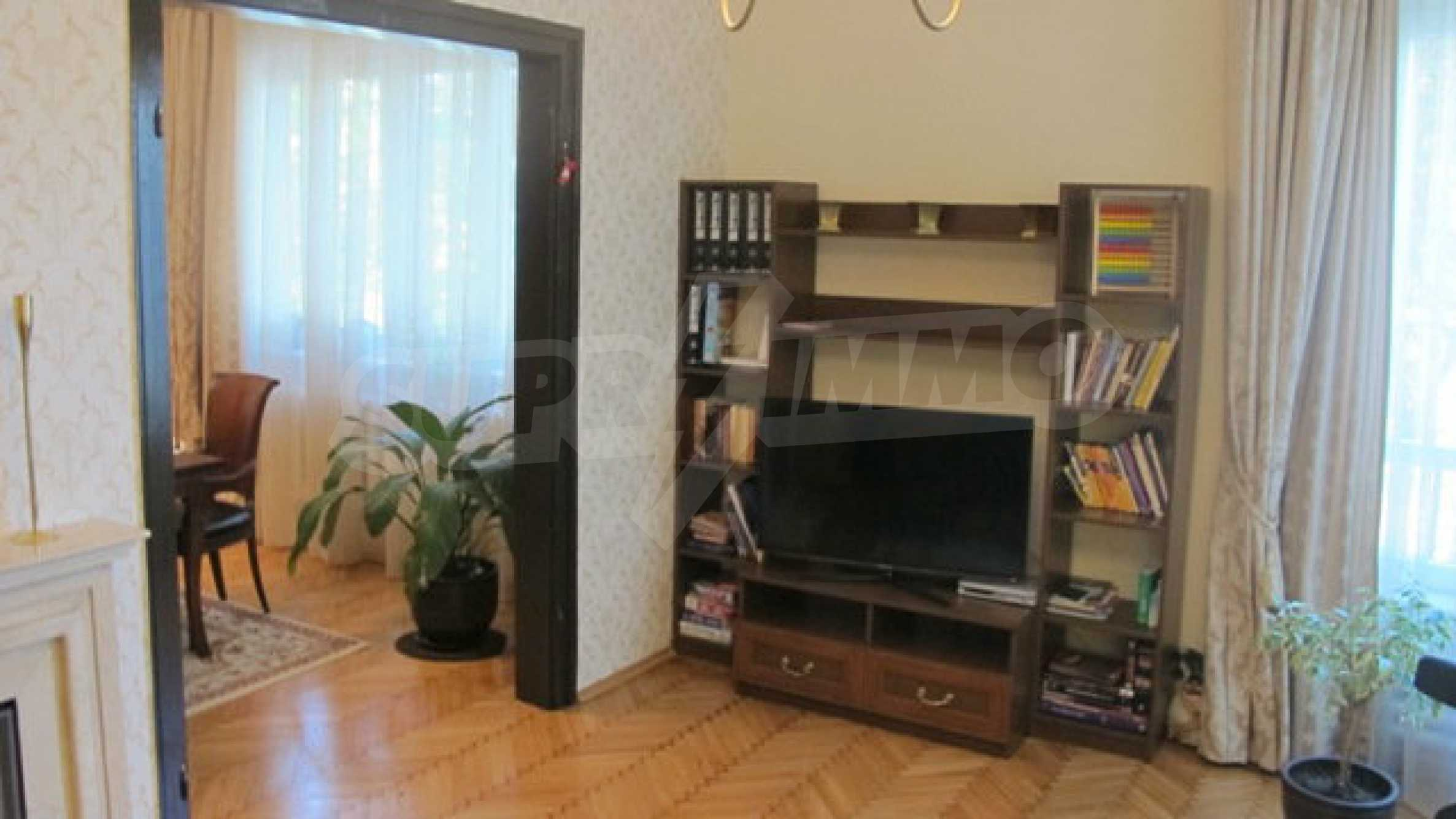 Zwei-Zimmer-Wohnung in einem idealen Zentrum 14