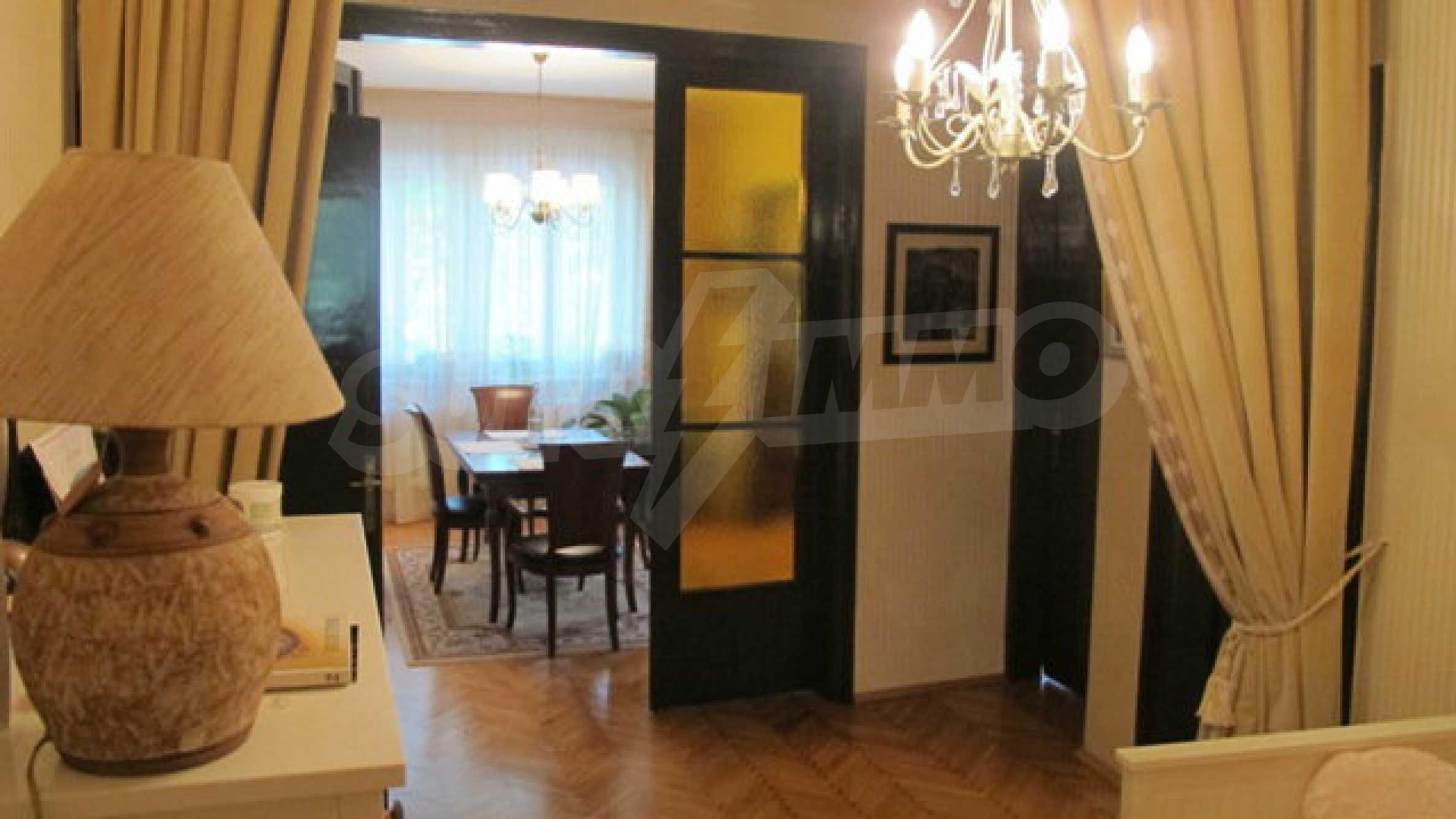 Zwei-Zimmer-Wohnung in einem idealen Zentrum 15