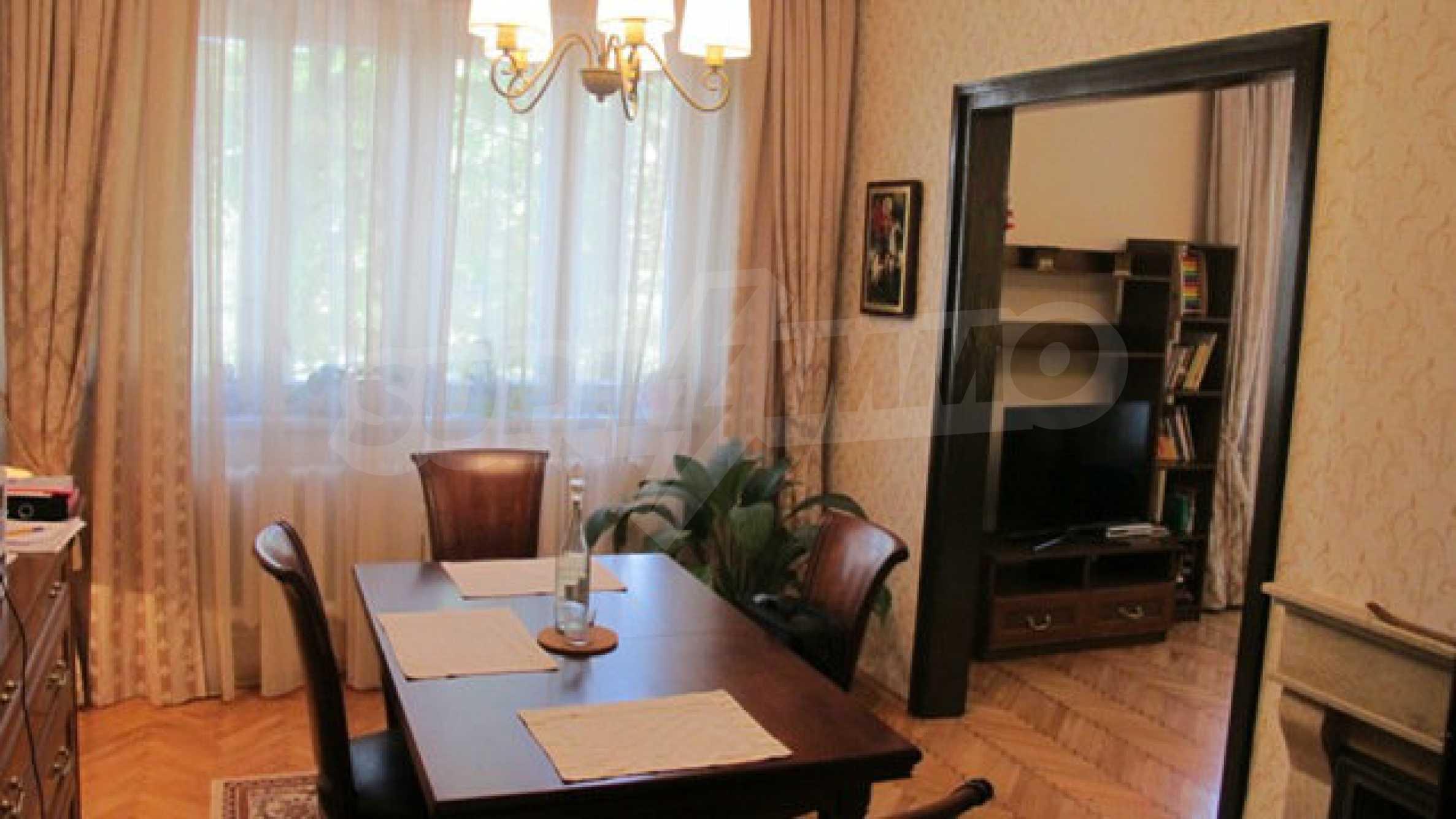 Zwei-Zimmer-Wohnung in einem idealen Zentrum 16