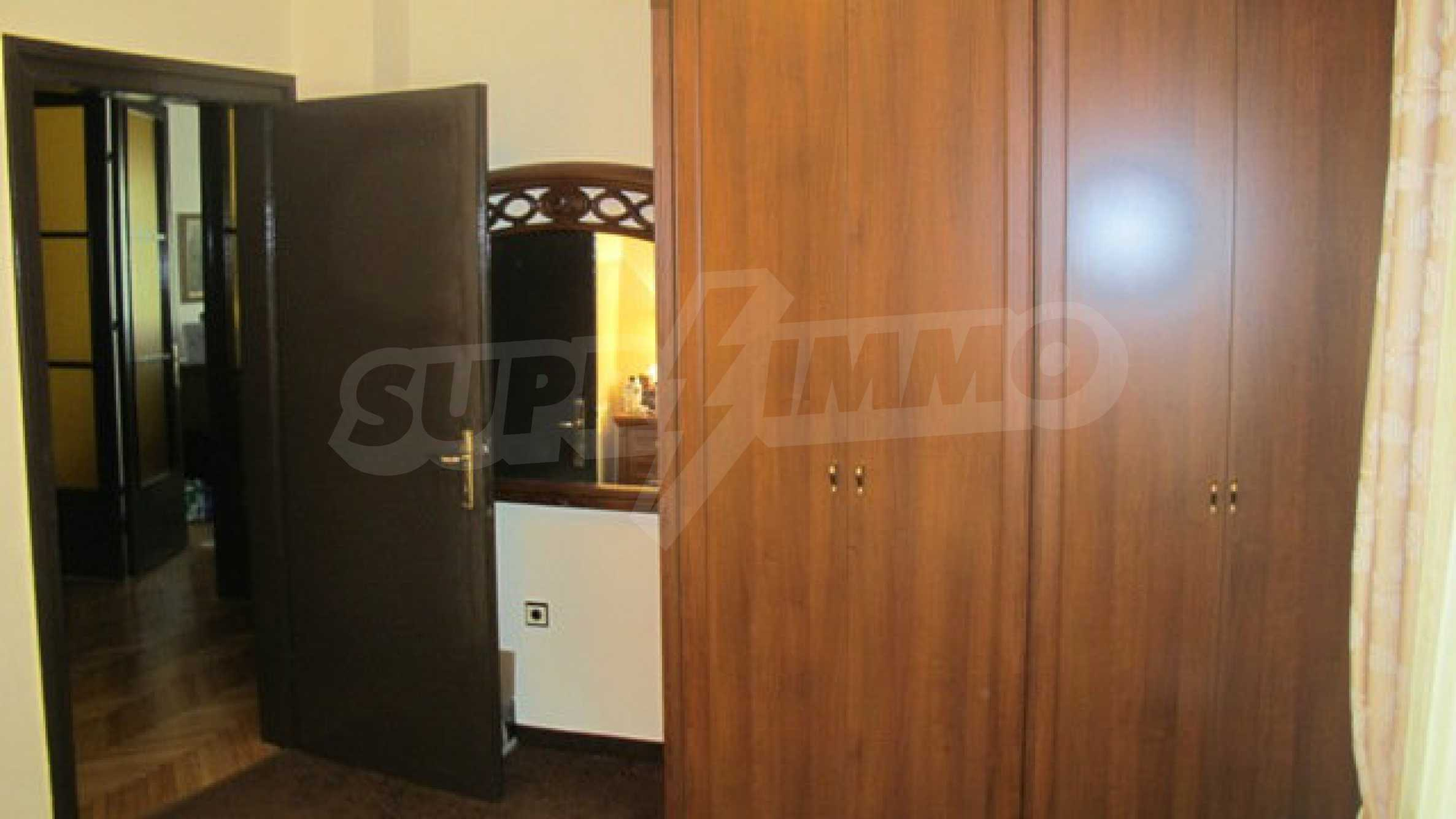 Zwei-Zimmer-Wohnung in einem idealen Zentrum 1