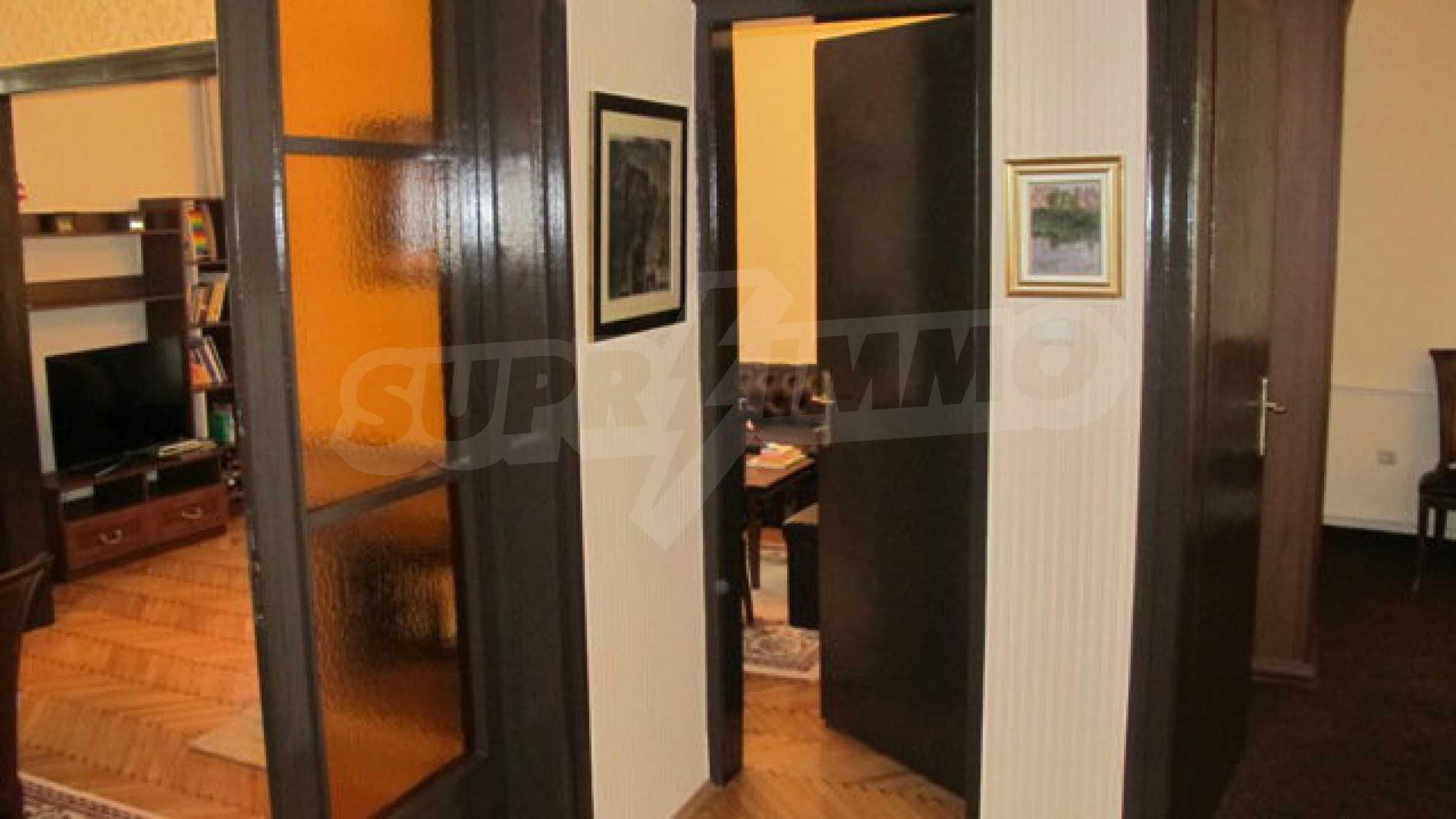 Zwei-Zimmer-Wohnung in einem idealen Zentrum 19