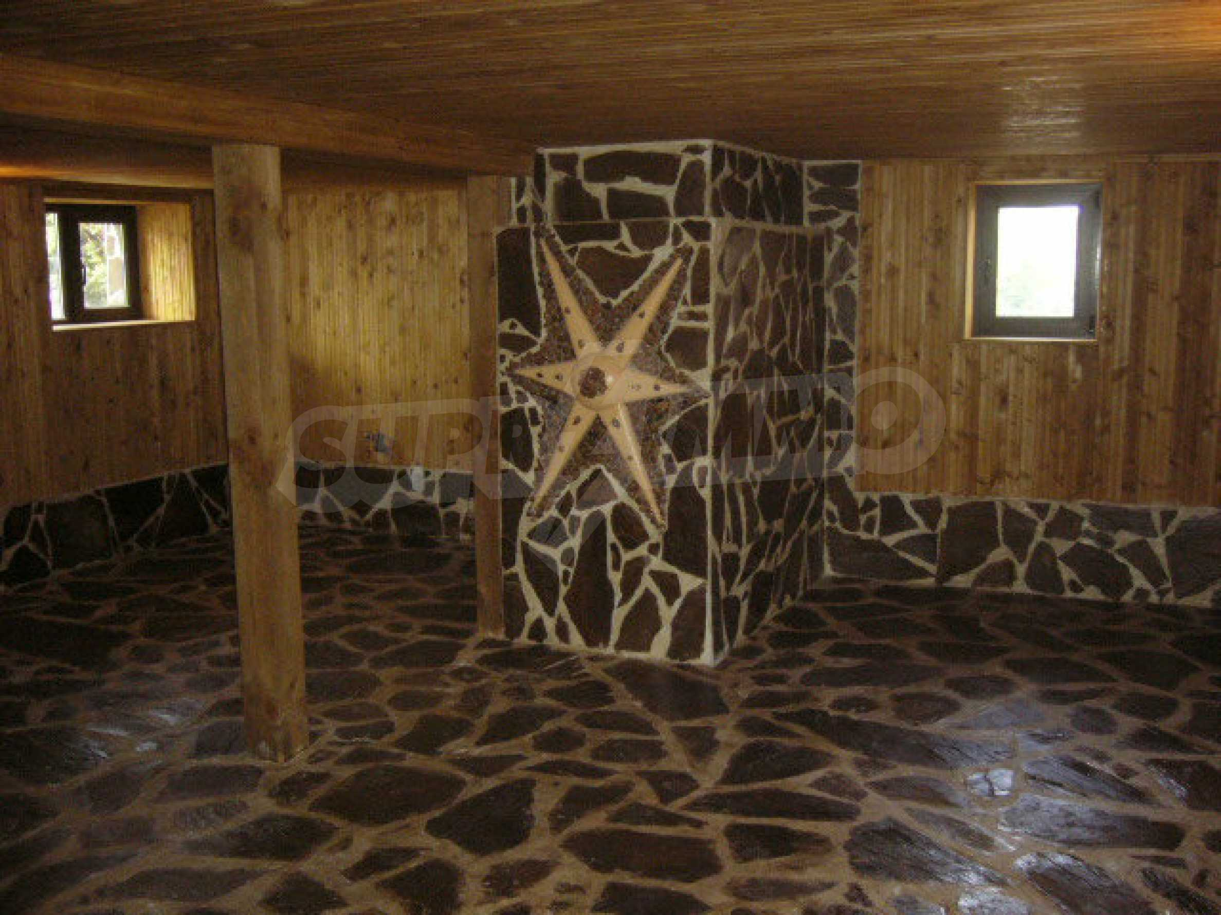 Renoviertes zweistöckiges Haus auf dem Balkan, 30 km von Veliko Tarnovo entfernt 3