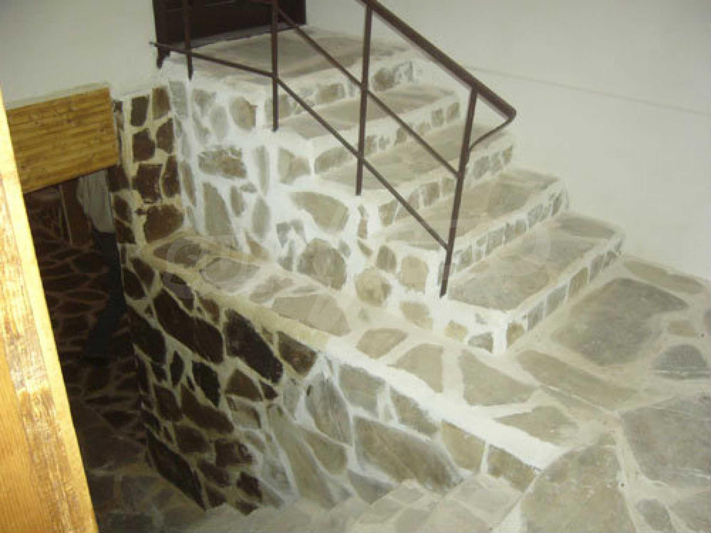 Renoviertes zweistöckiges Haus auf dem Balkan, 30 km von Veliko Tarnovo entfernt 5