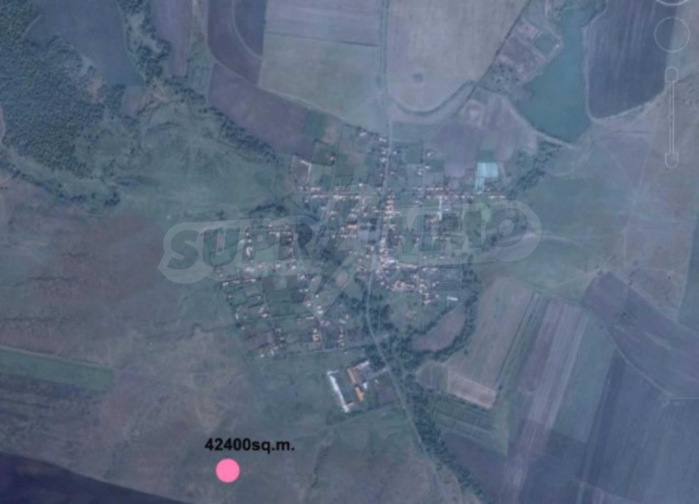 Огромный участок сельскохозяйственной земли недалеко от магистрали 6