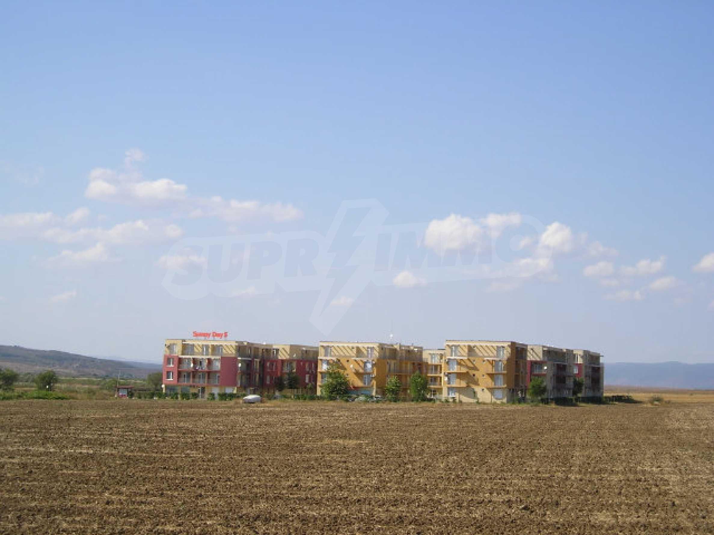 Bauland zum Verkauf in der Nähe von Sonnenstrand 3
