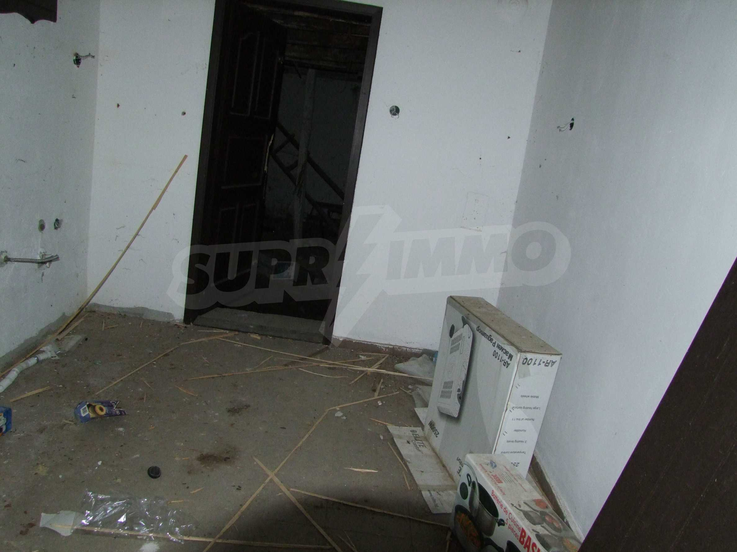 House for sale near Veliko Tarnovo  31