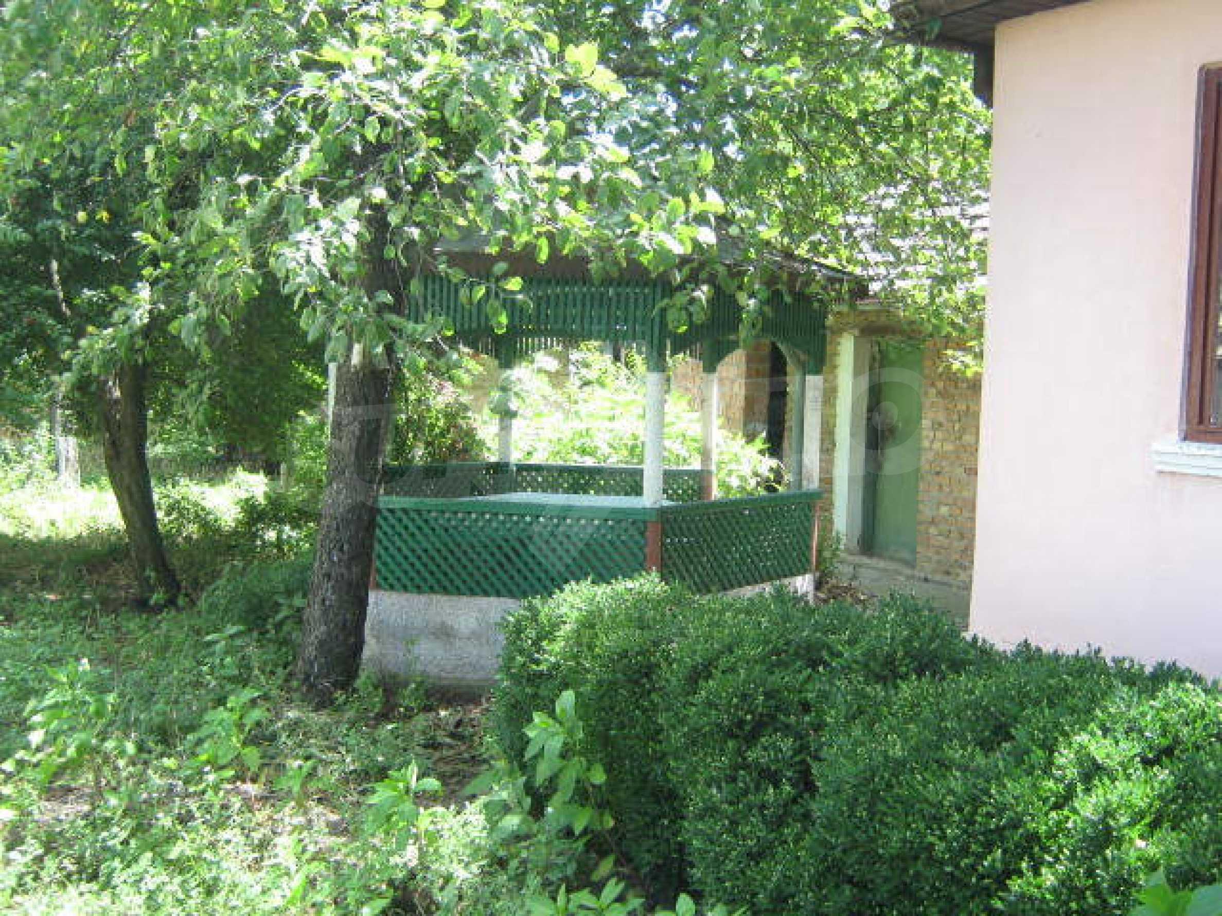 Zweistöckiges Haus neben der Stadt Widin zu verkaufen 18