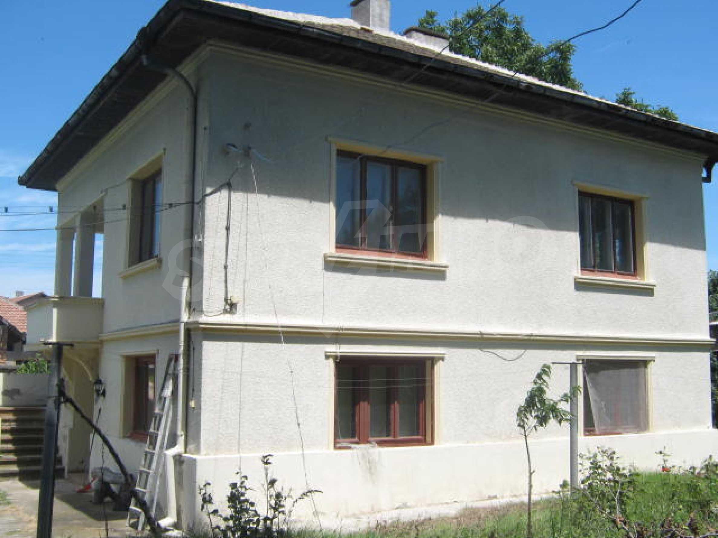 Zweistöckiges Haus neben der Stadt Widin zu verkaufen 2