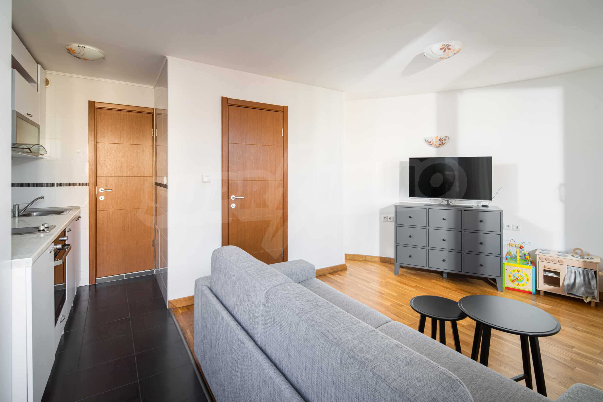 Cozy and bright studio for sale in a well-maintained complex at the foot of Vitosha Mountain 1