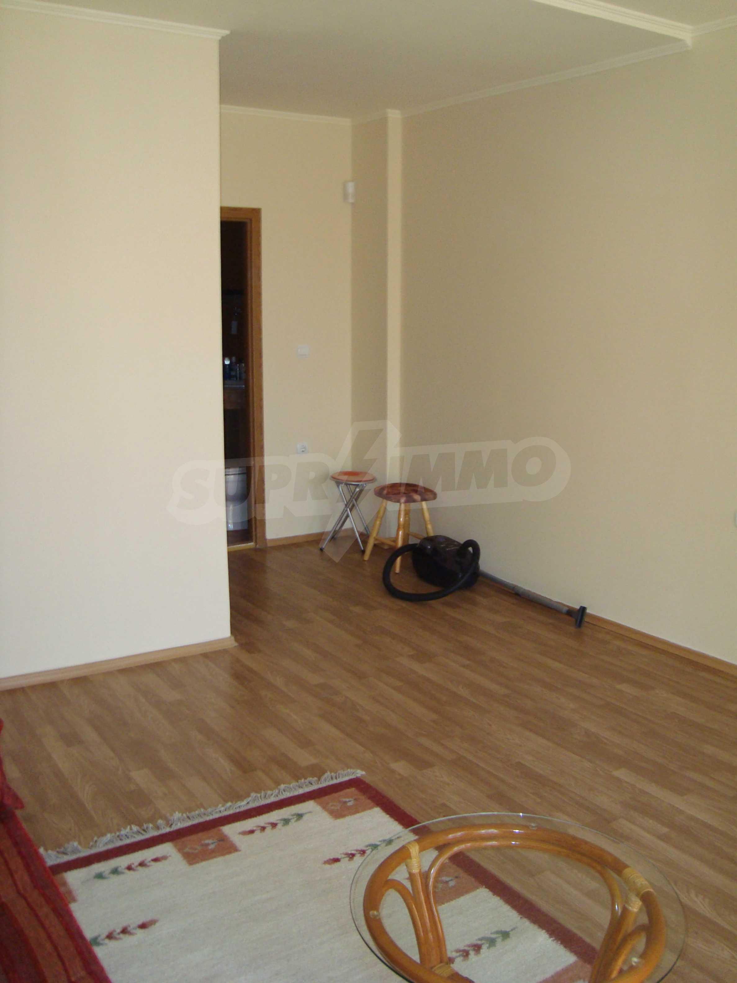 2-stöckige Villa zum Verkauf in Elenite Feriendorf, 24