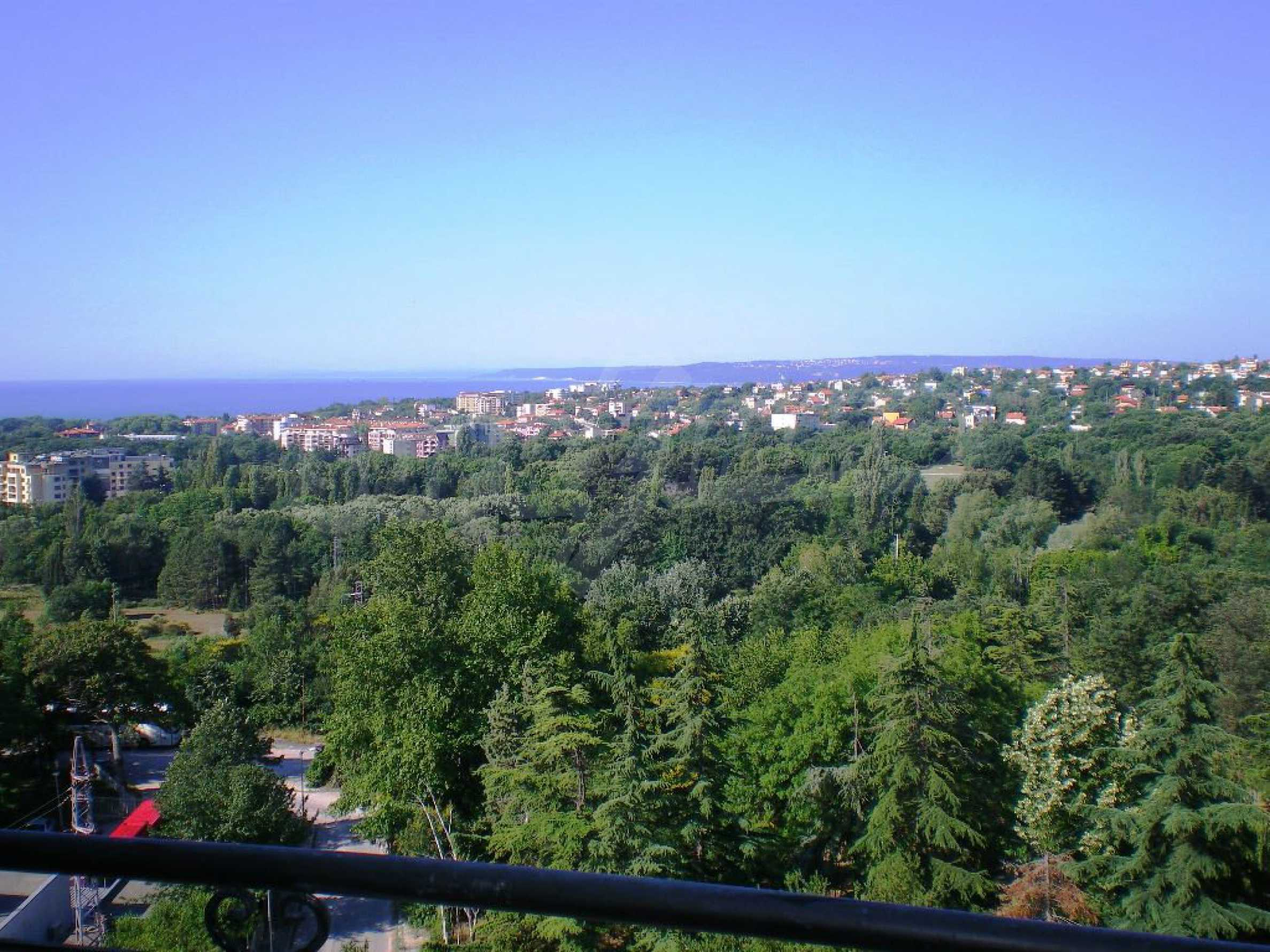 Wohnsitz in Varna 16