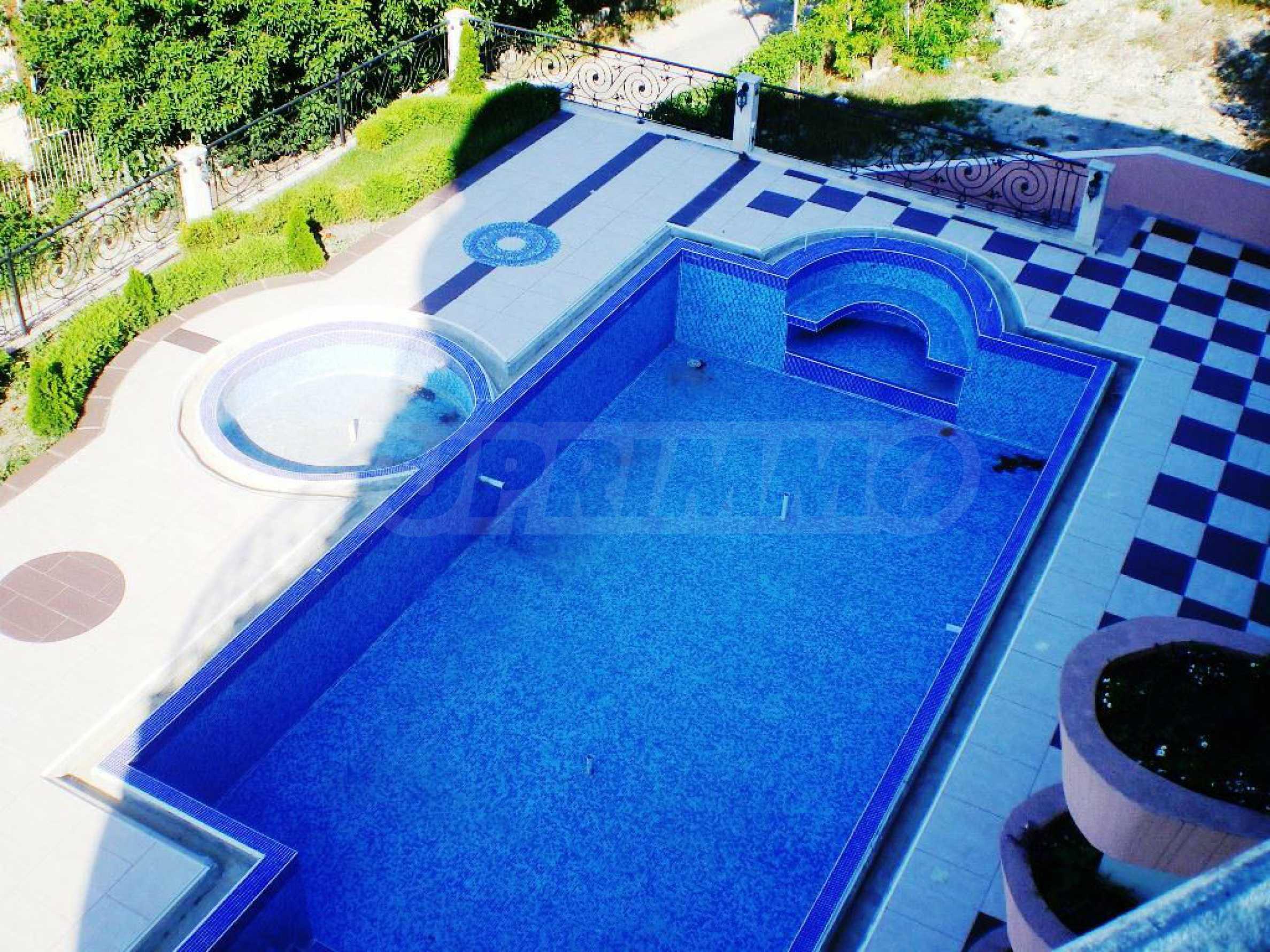 Wohnsitz in Varna 17