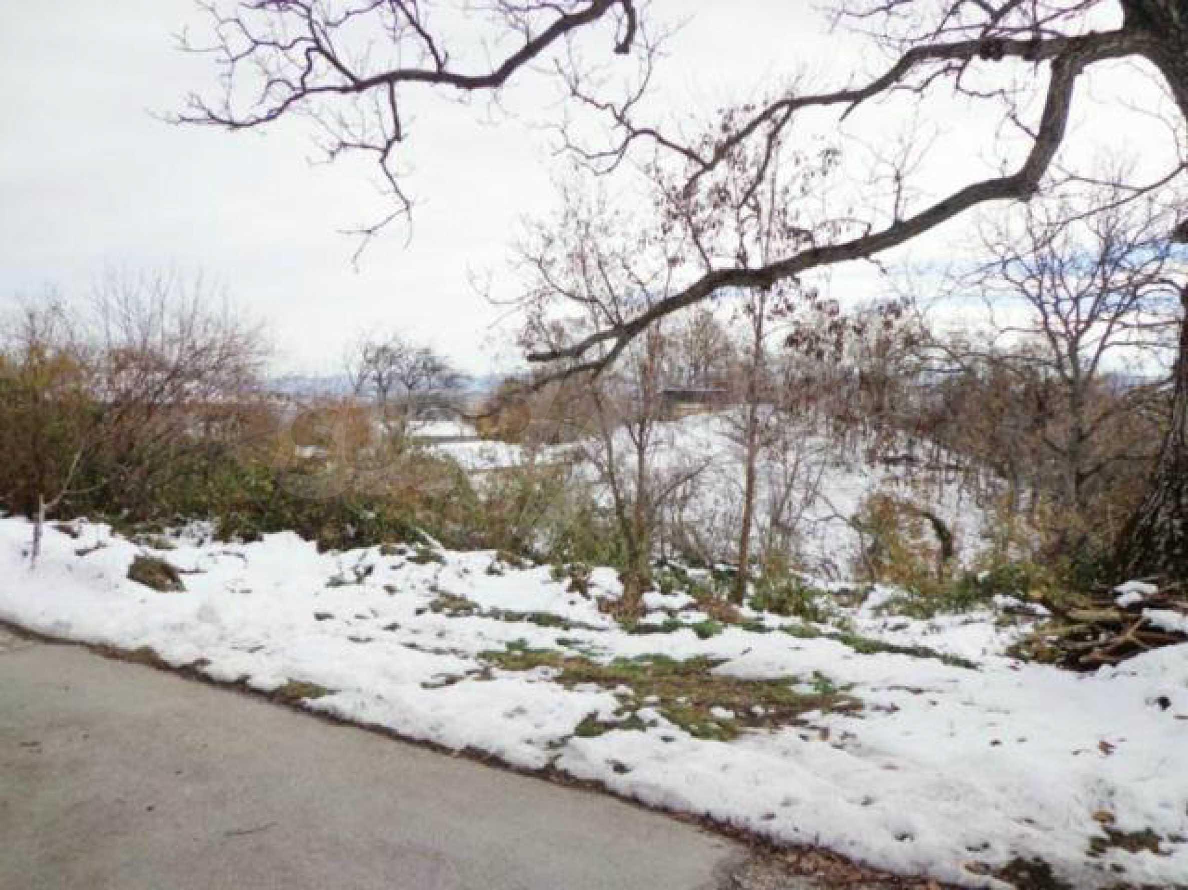 Grundstück zum Verkauf in einem Dorf 5 km von Tryavna entfernt 10