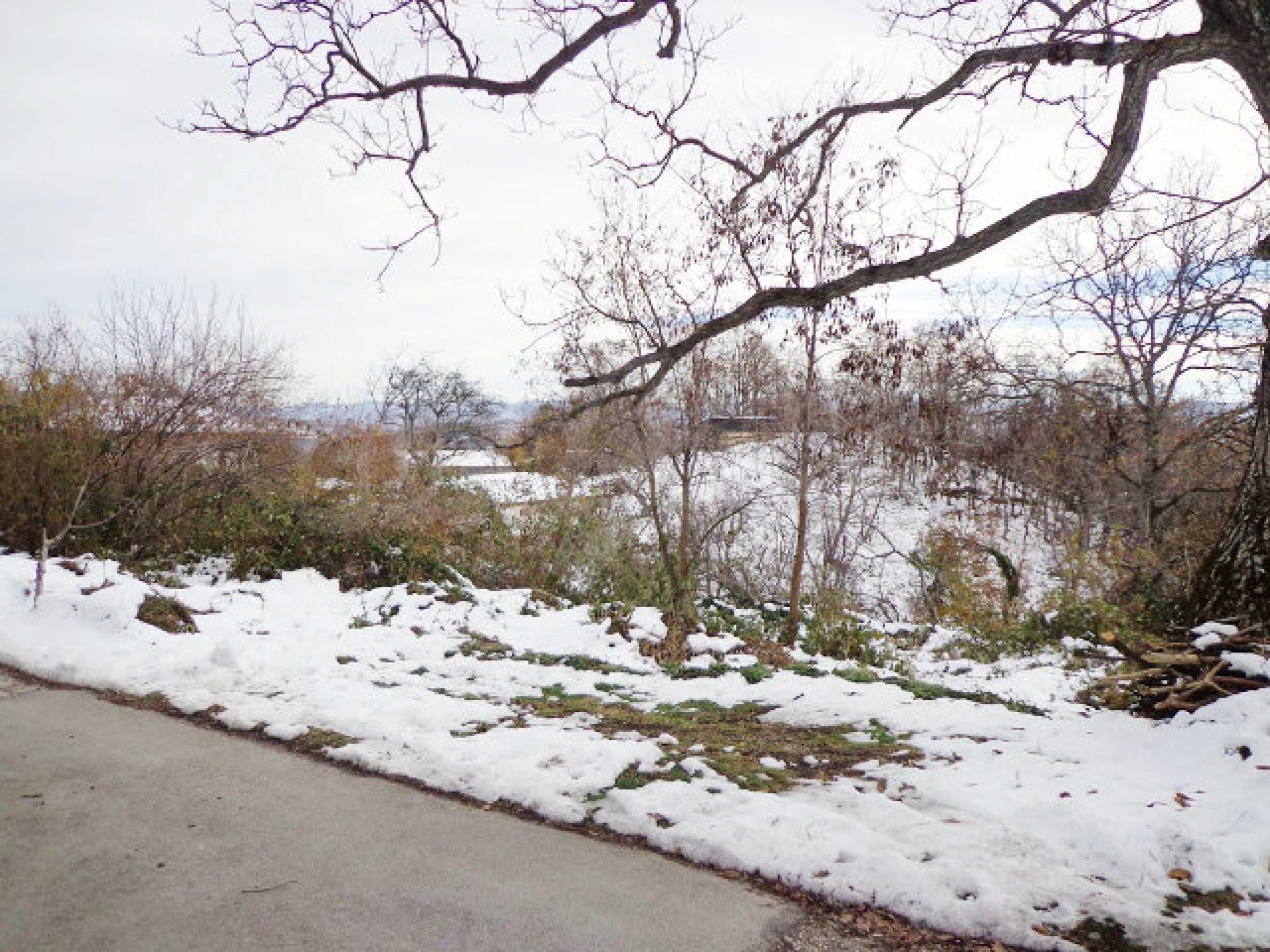 Grundstück zum Verkauf in einem Dorf 5 km von Tryavna entfernt 12