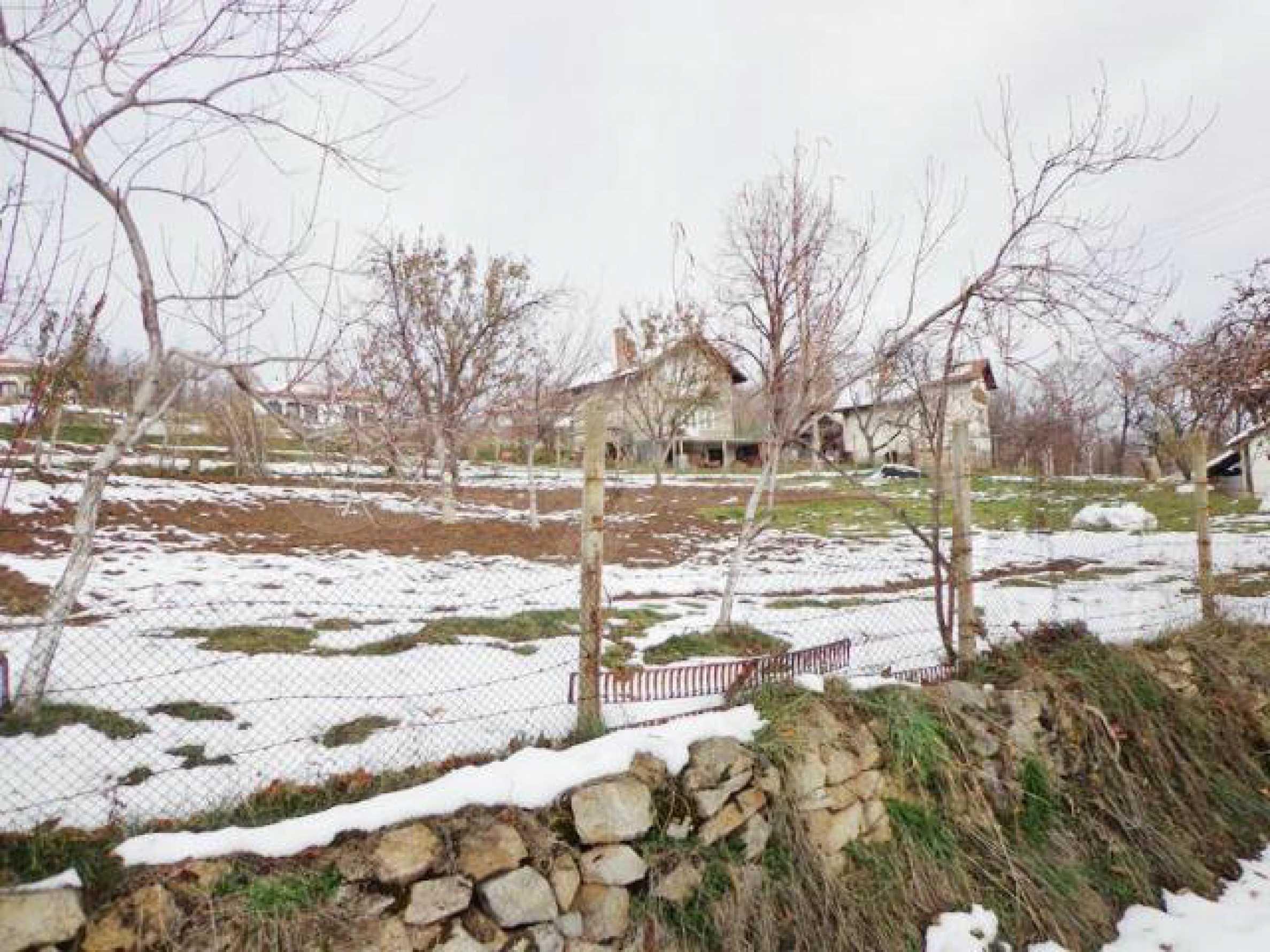 Grundstück zum Verkauf in einem Dorf 5 km von Tryavna entfernt 4