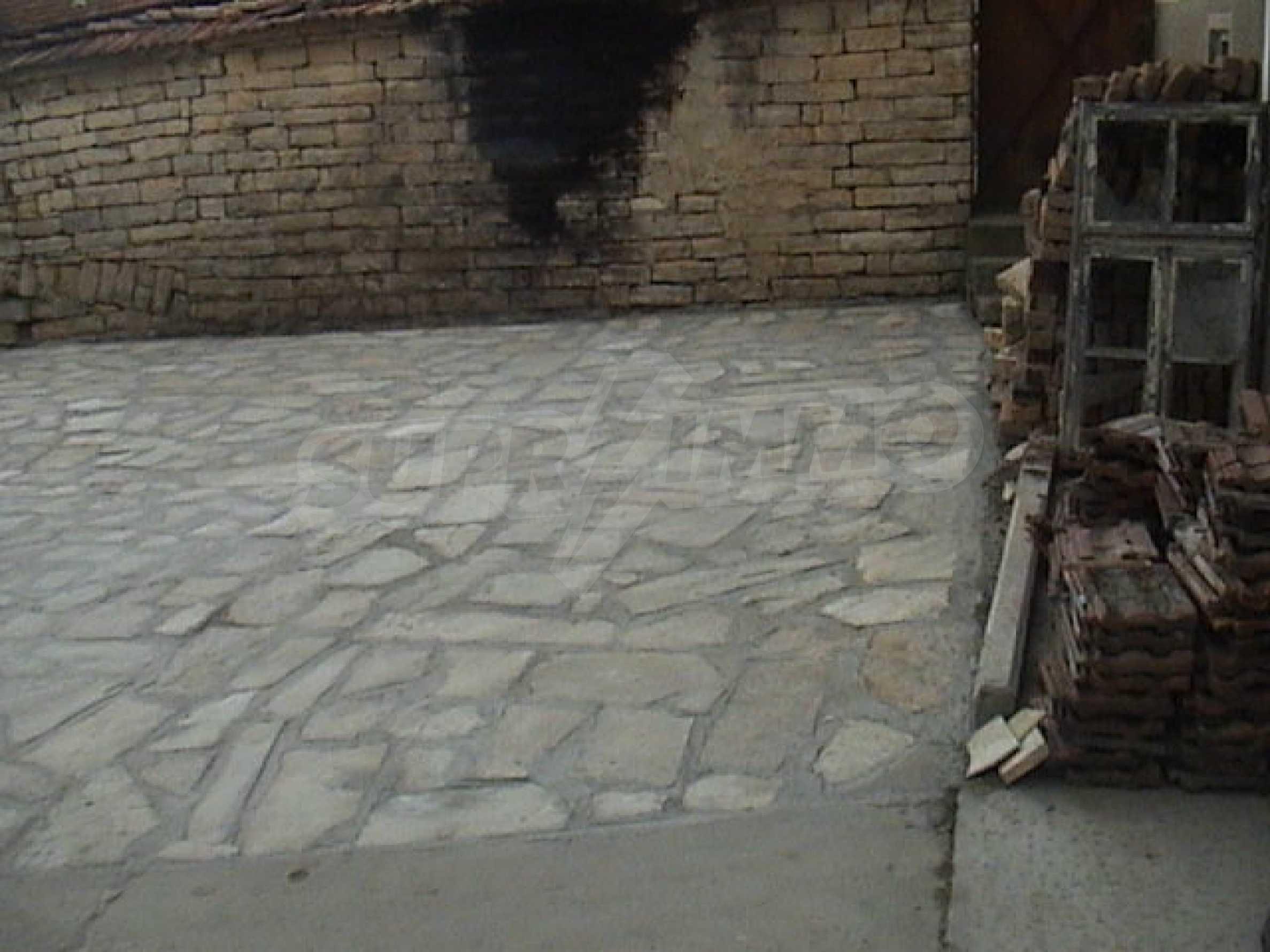 Renoviertes und möbliertes Haus in einem Dorf 35 km von Veliko Tarnovo entfernt 13