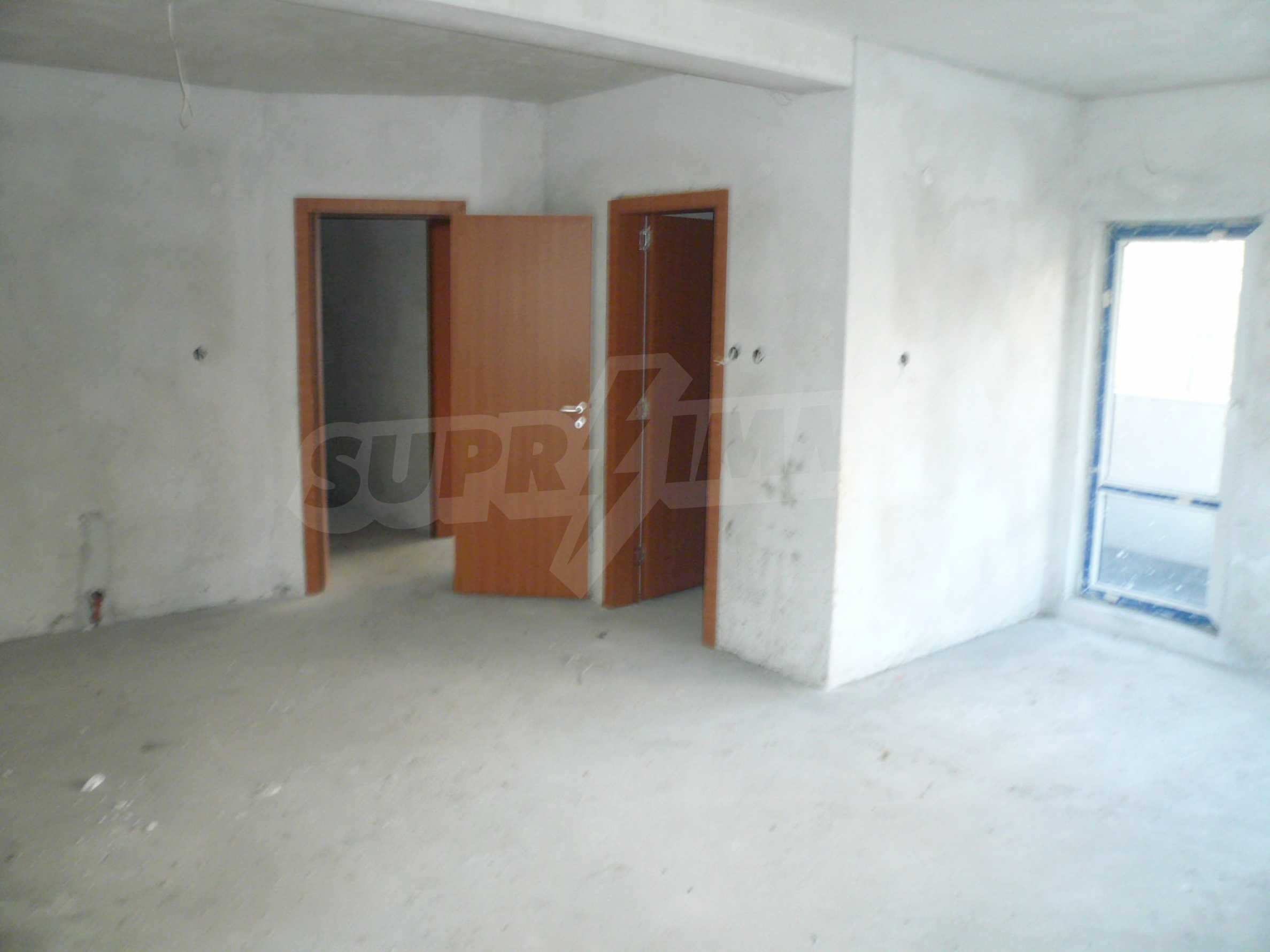 Oragne Residenz 14