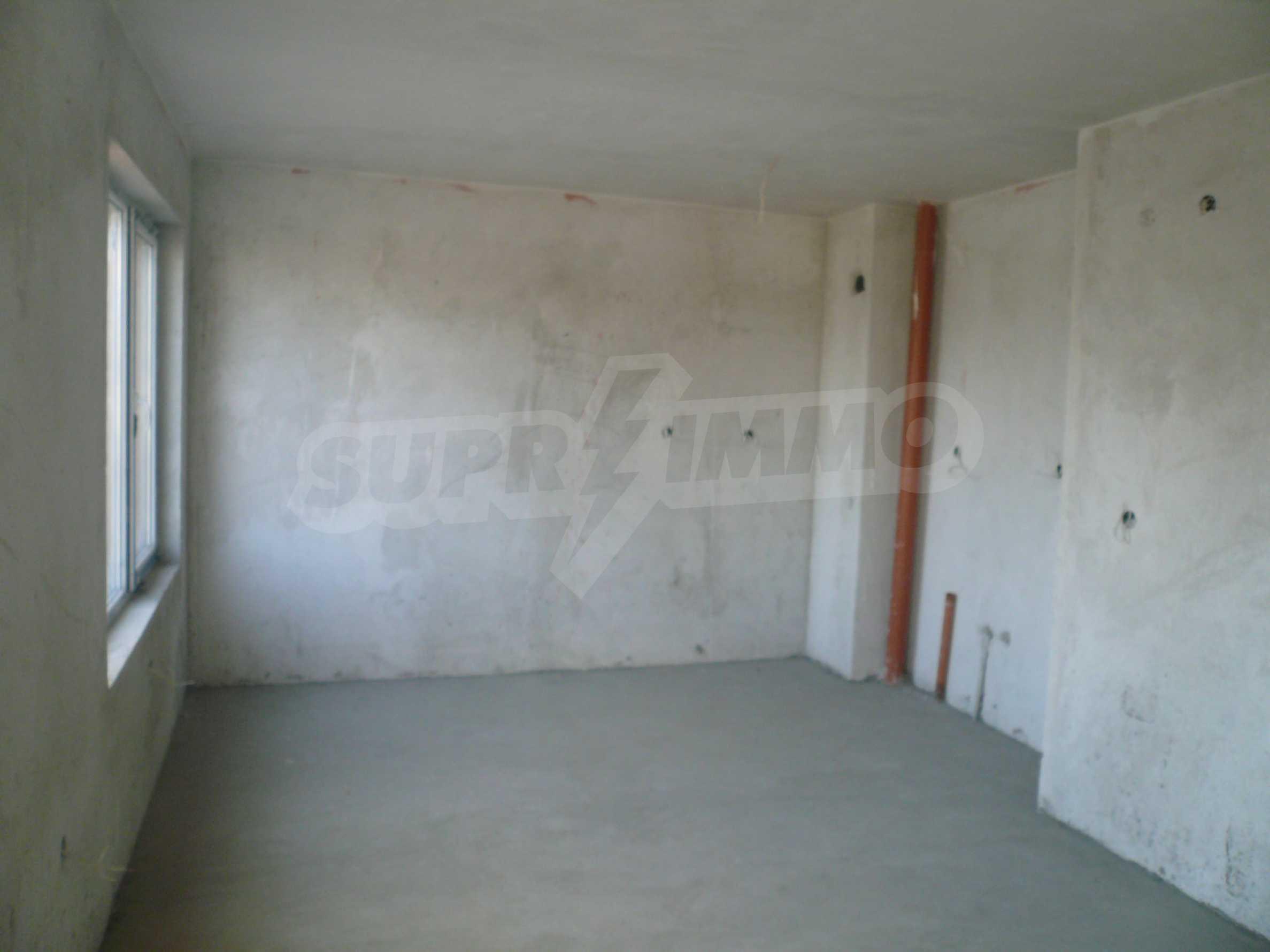 Oragne Residenz 18