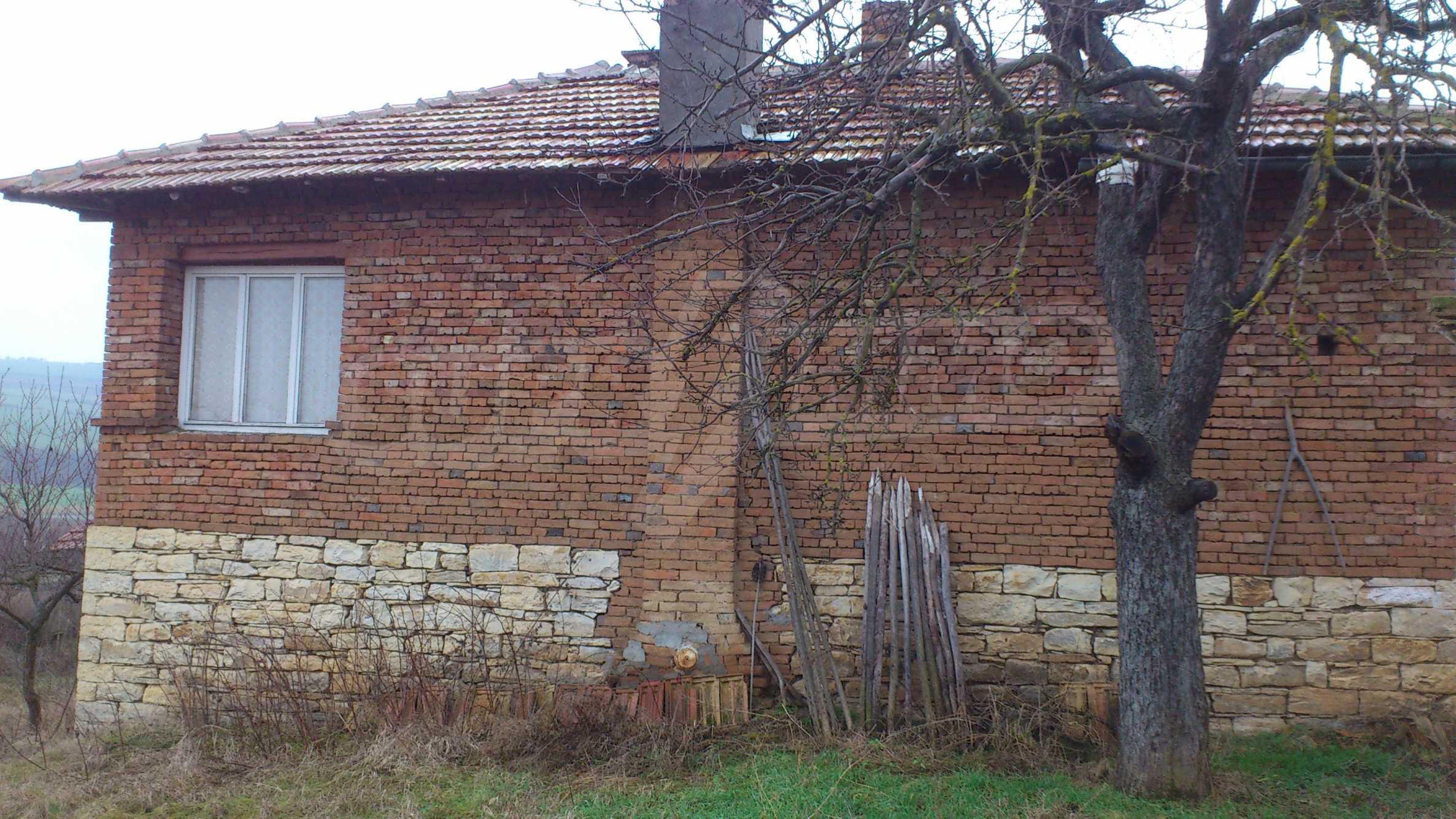 Großes Haus in einem schönen Dorf 31