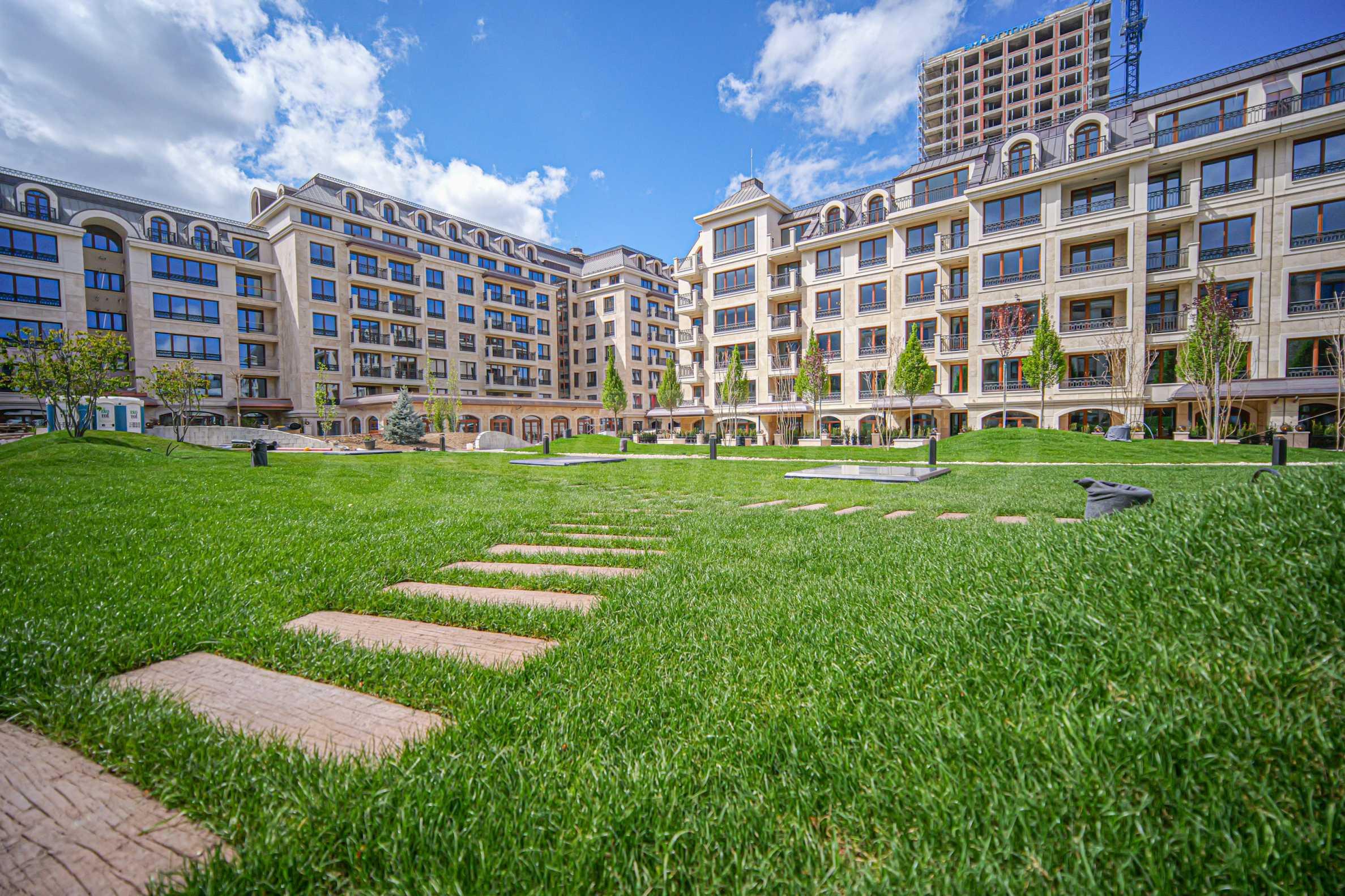 Wohnkomplex mit Park und Annehmlichkeiten der höchsten Klasse neben der Paradise Mall. Akt 14! 8