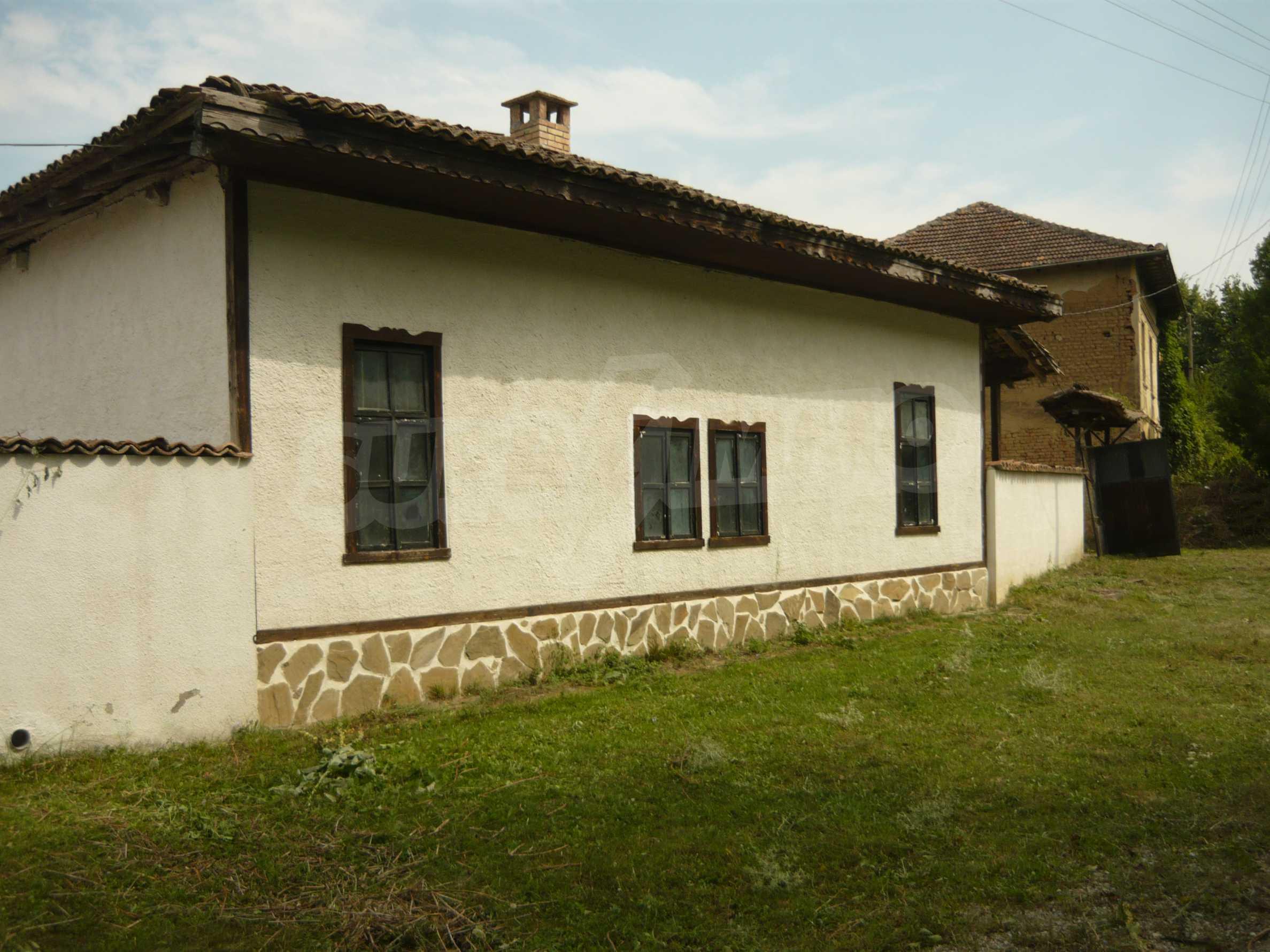 Komplett renoviertes zweistöckiges Haus in Elena Balkan