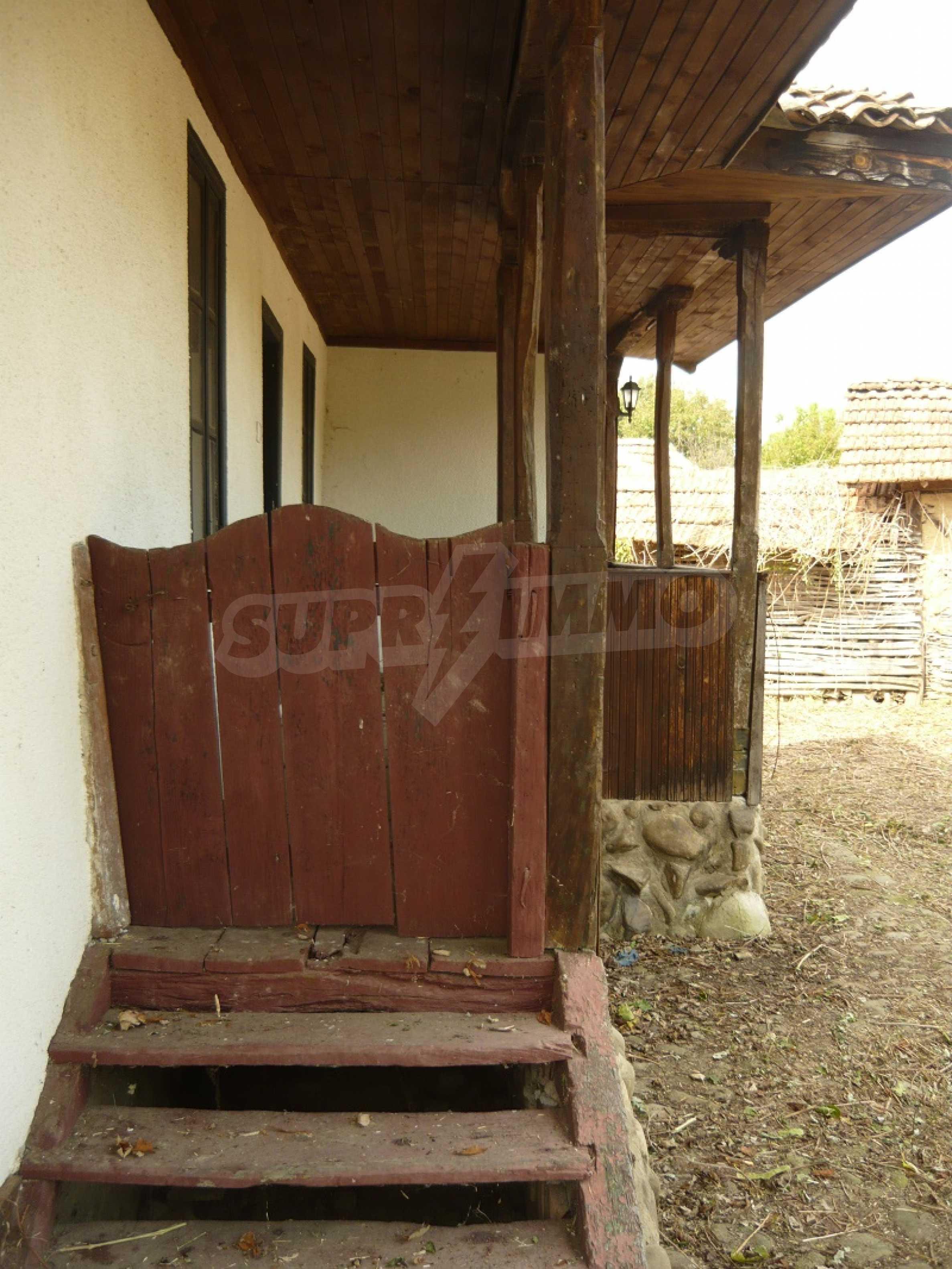 Komplett renoviertes zweistöckiges Haus in Elena Balkan 5