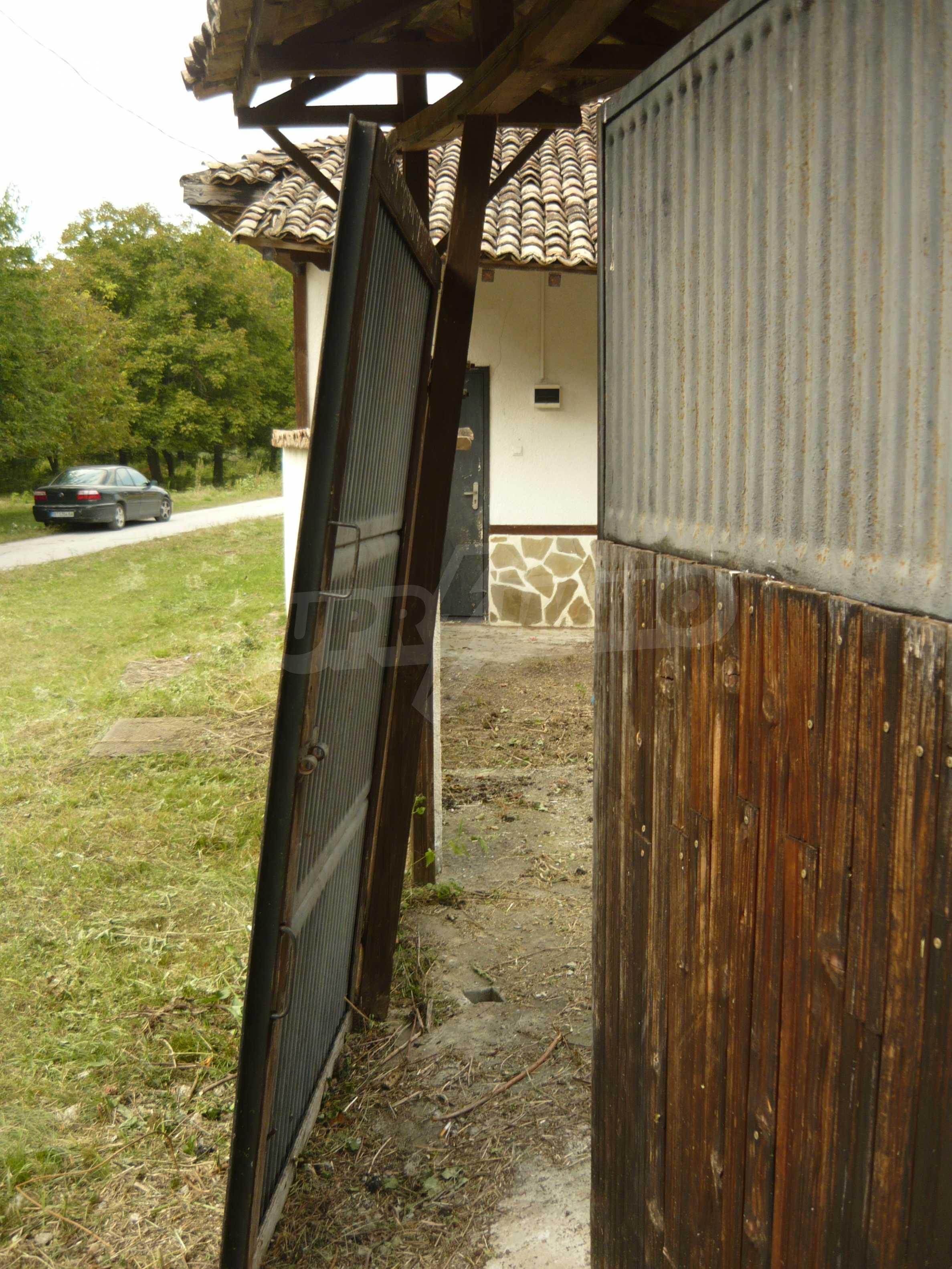 Komplett renoviertes zweistöckiges Haus in Elena Balkan 7