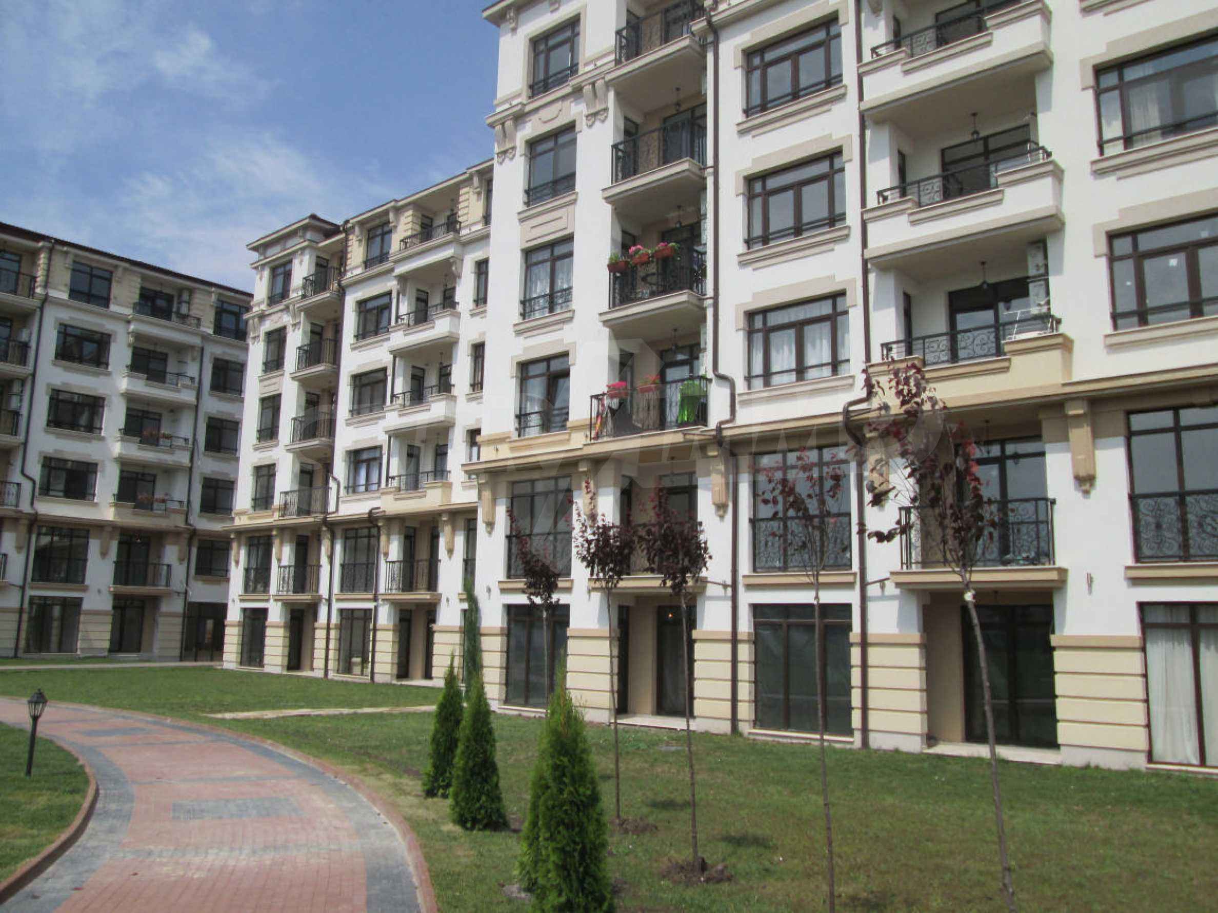 Aivazovsky Park 38