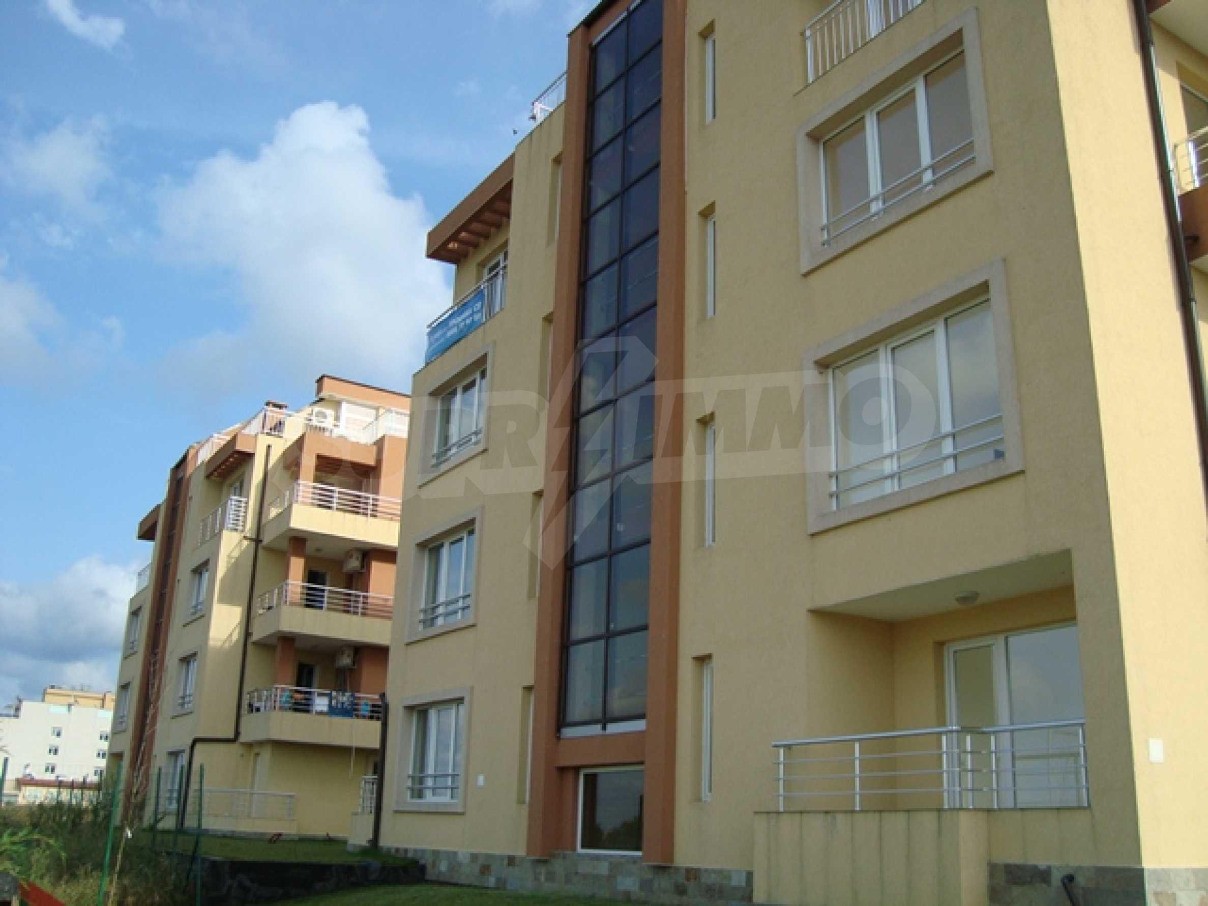 Апартаменти в нов комплекс до плажа и резерват Ропотамо в Приморско 11
