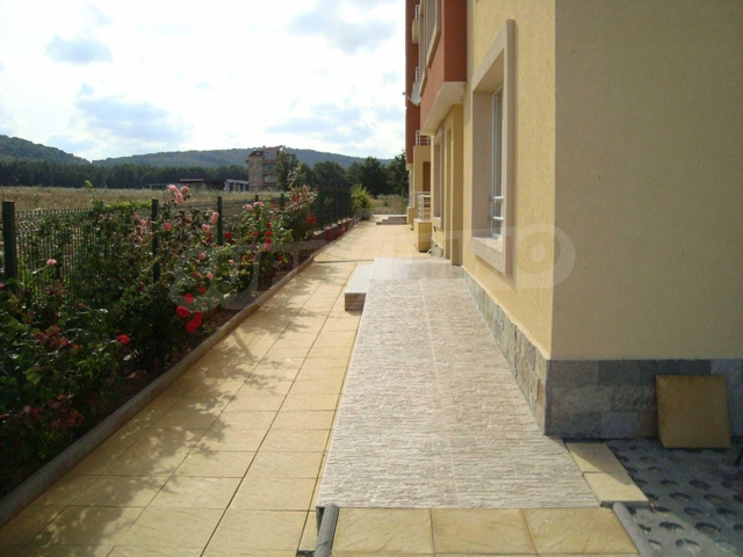 Апартаменти в нов комплекс до плажа и резерват Ропотамо в Приморско 15
