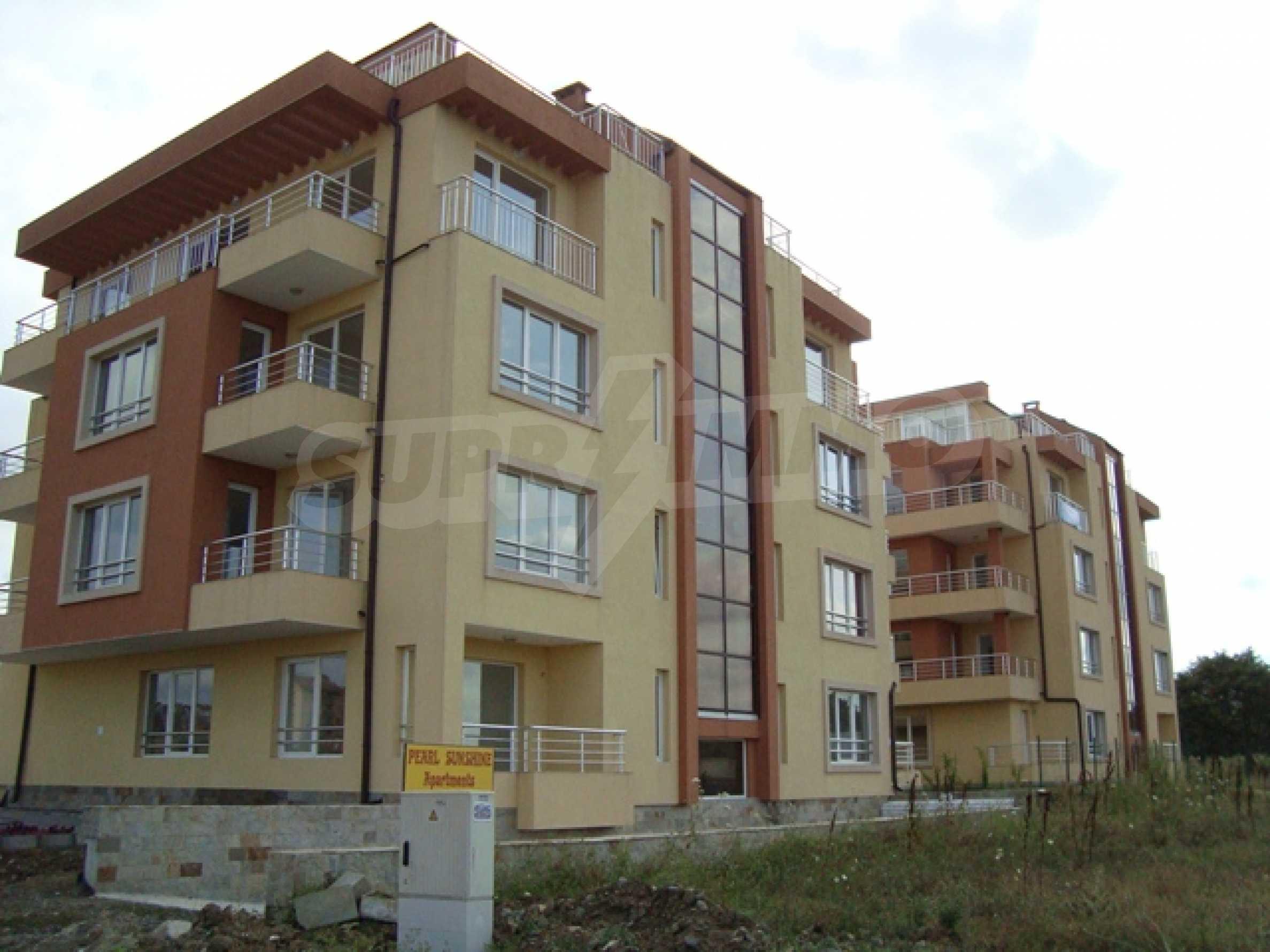 Апартаменти в нов комплекс до плажа и резерват Ропотамо в Приморско 2
