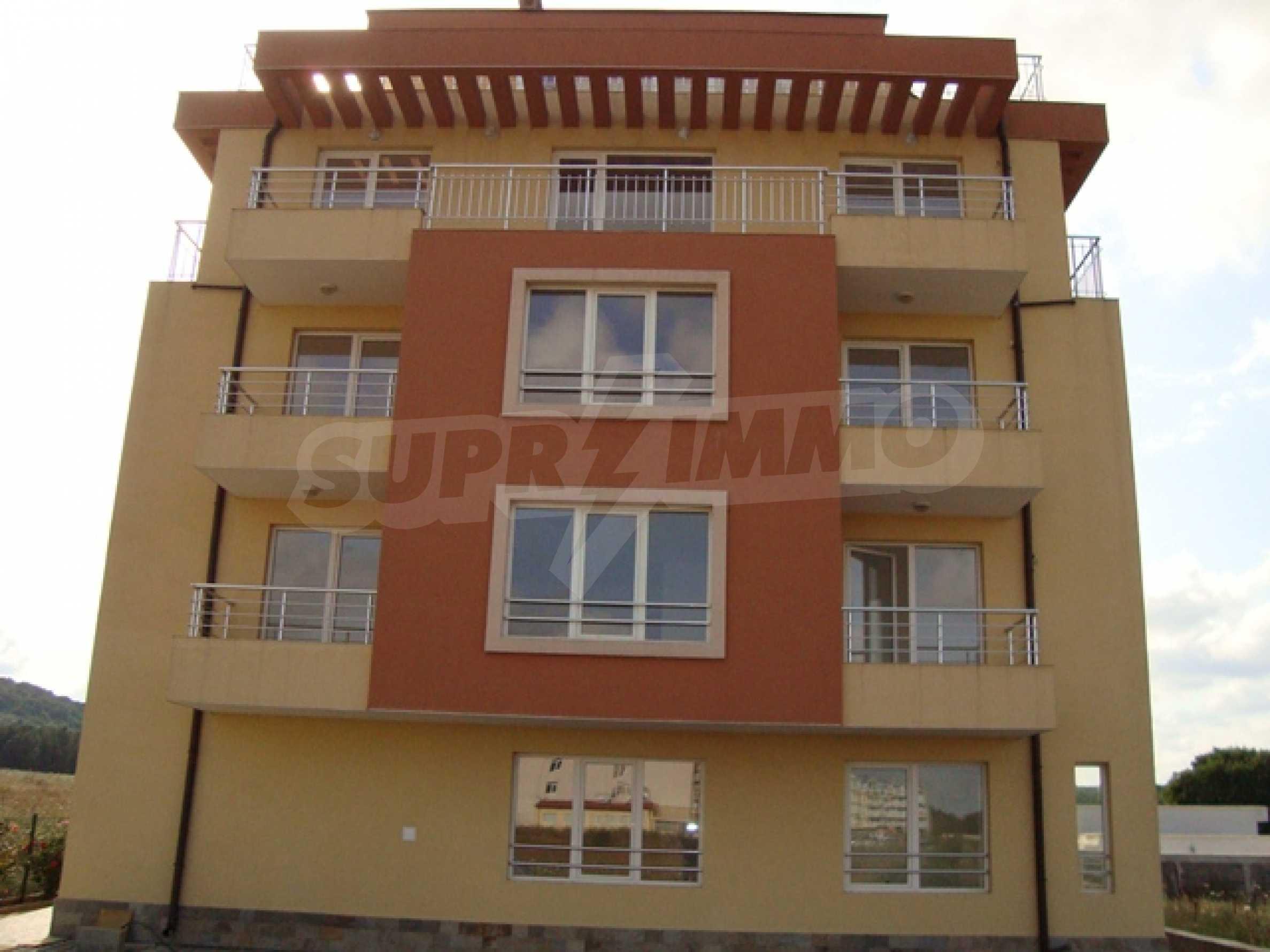 Апартаменти в нов комплекс до плажа и резерват Ропотамо в Приморско 4
