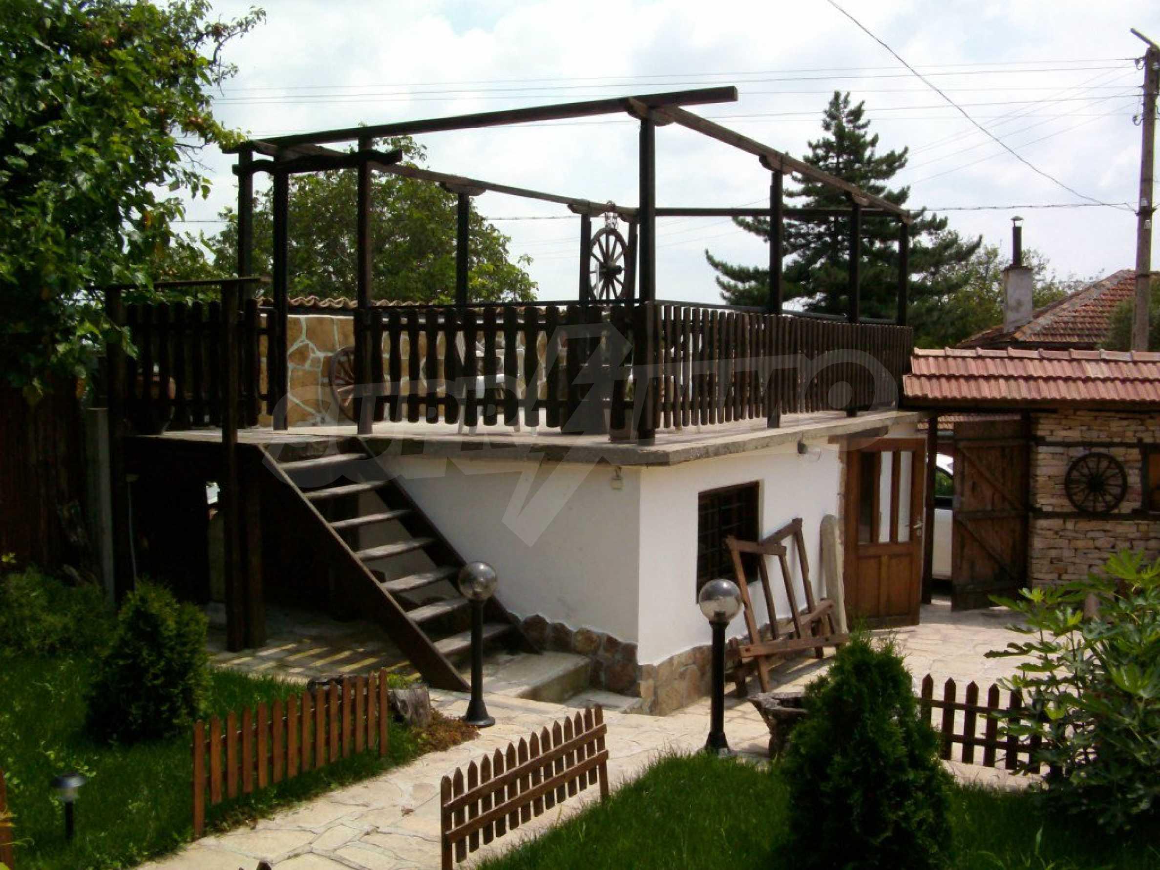 Vollständig möbliertes Anwesen im erhaltenen traditionellen bulgarischen Stil 18