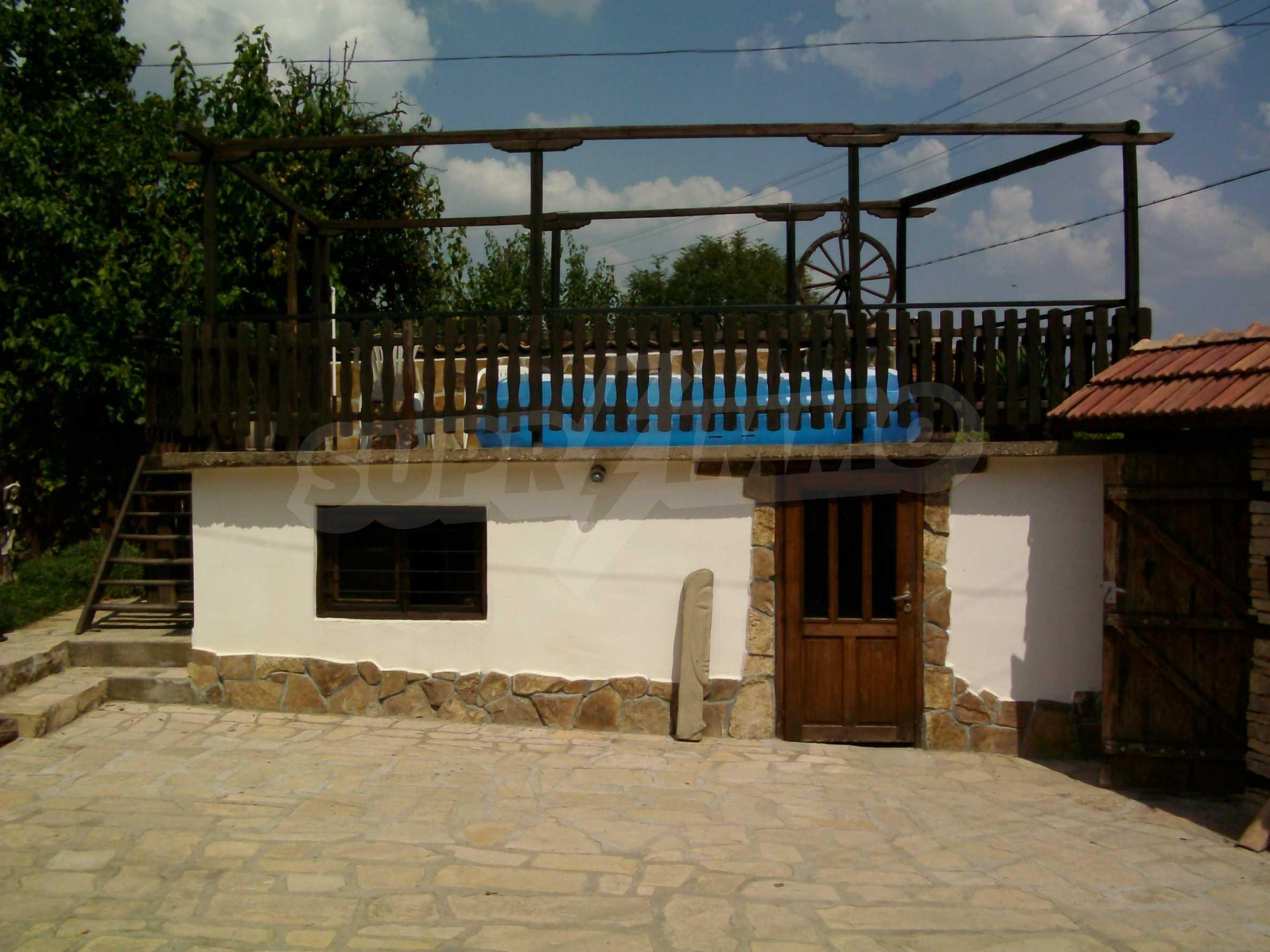 Vollständig möbliertes Anwesen im erhaltenen traditionellen bulgarischen Stil 27