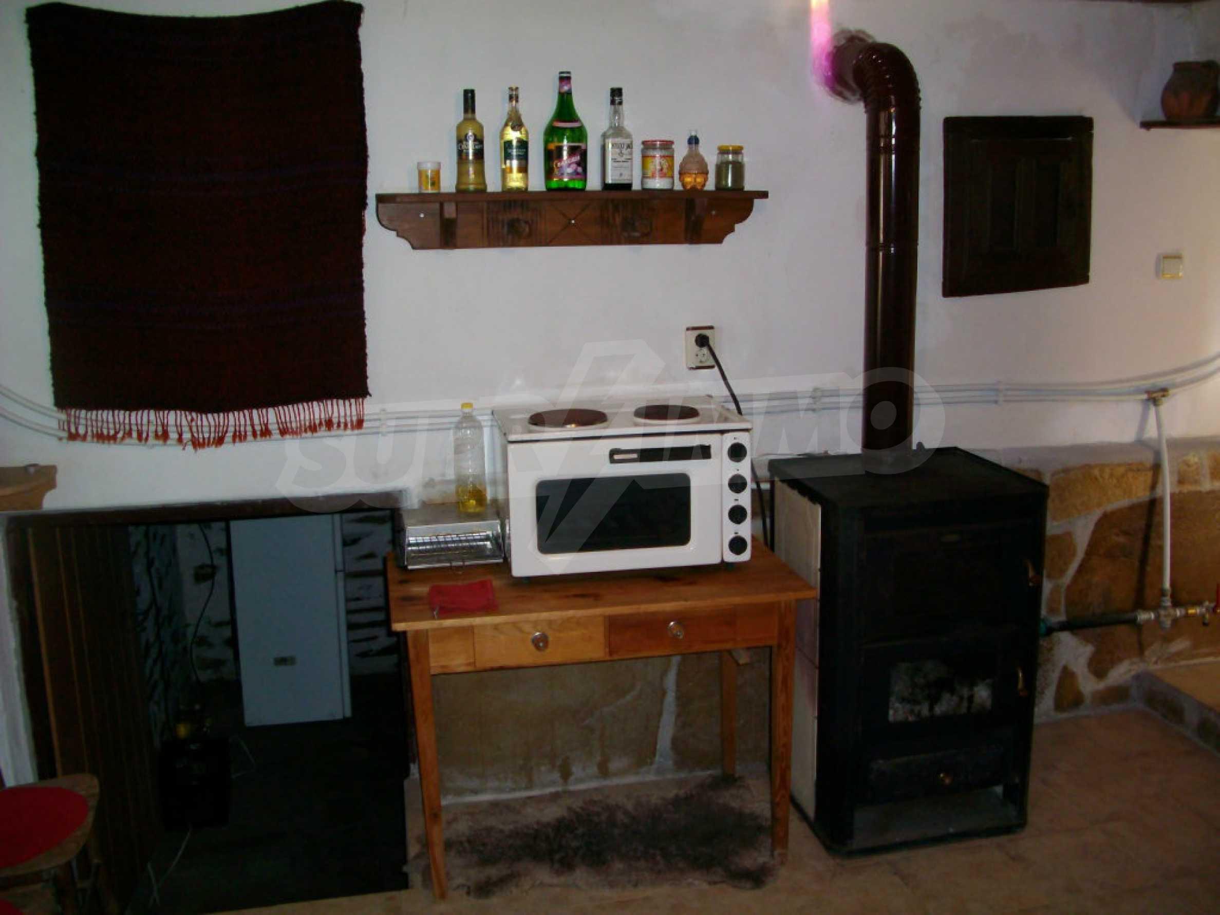 Vollständig möbliertes Anwesen im erhaltenen traditionellen bulgarischen Stil 34
