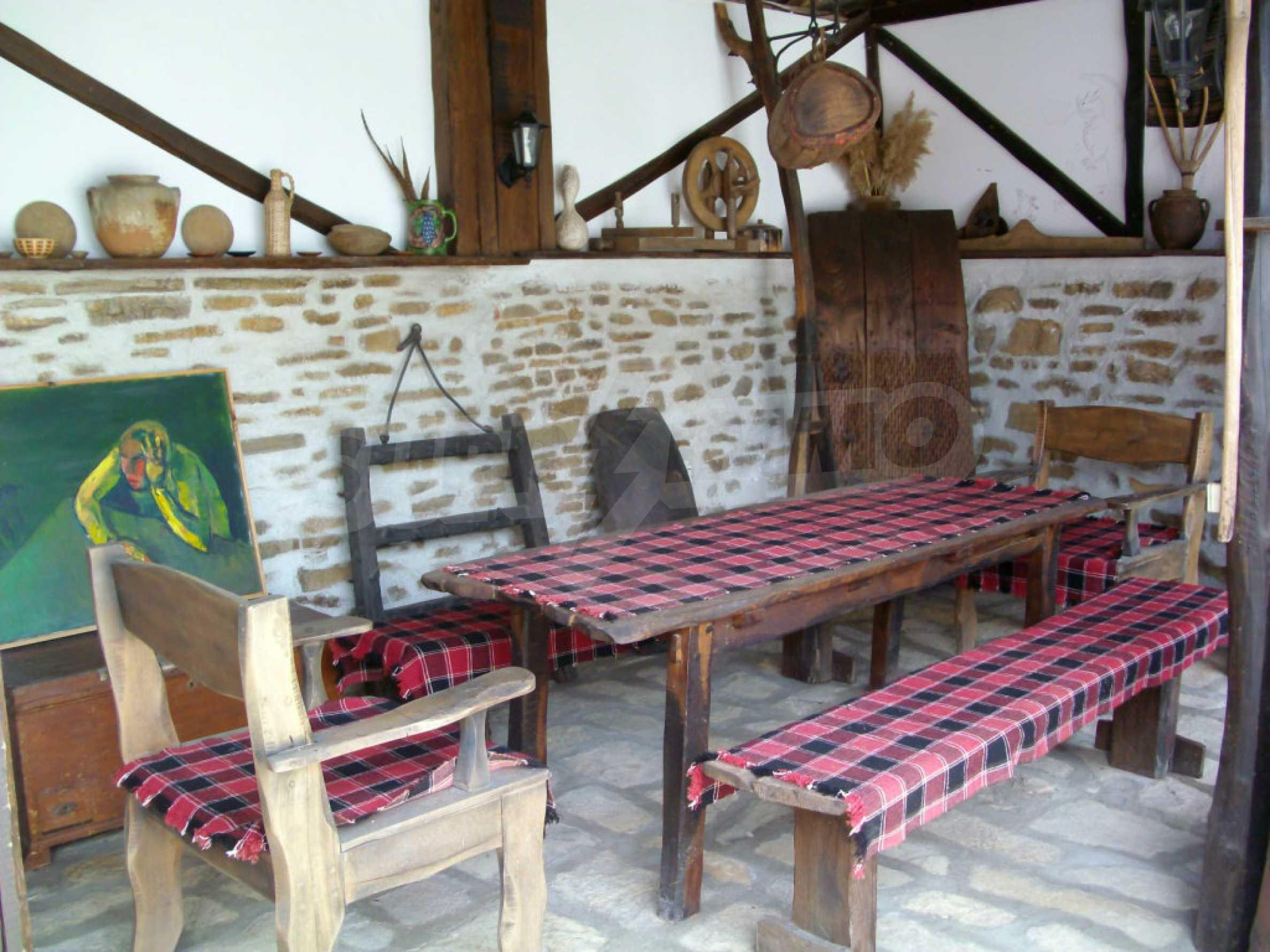 Vollständig möbliertes Anwesen im erhaltenen traditionellen bulgarischen Stil 35