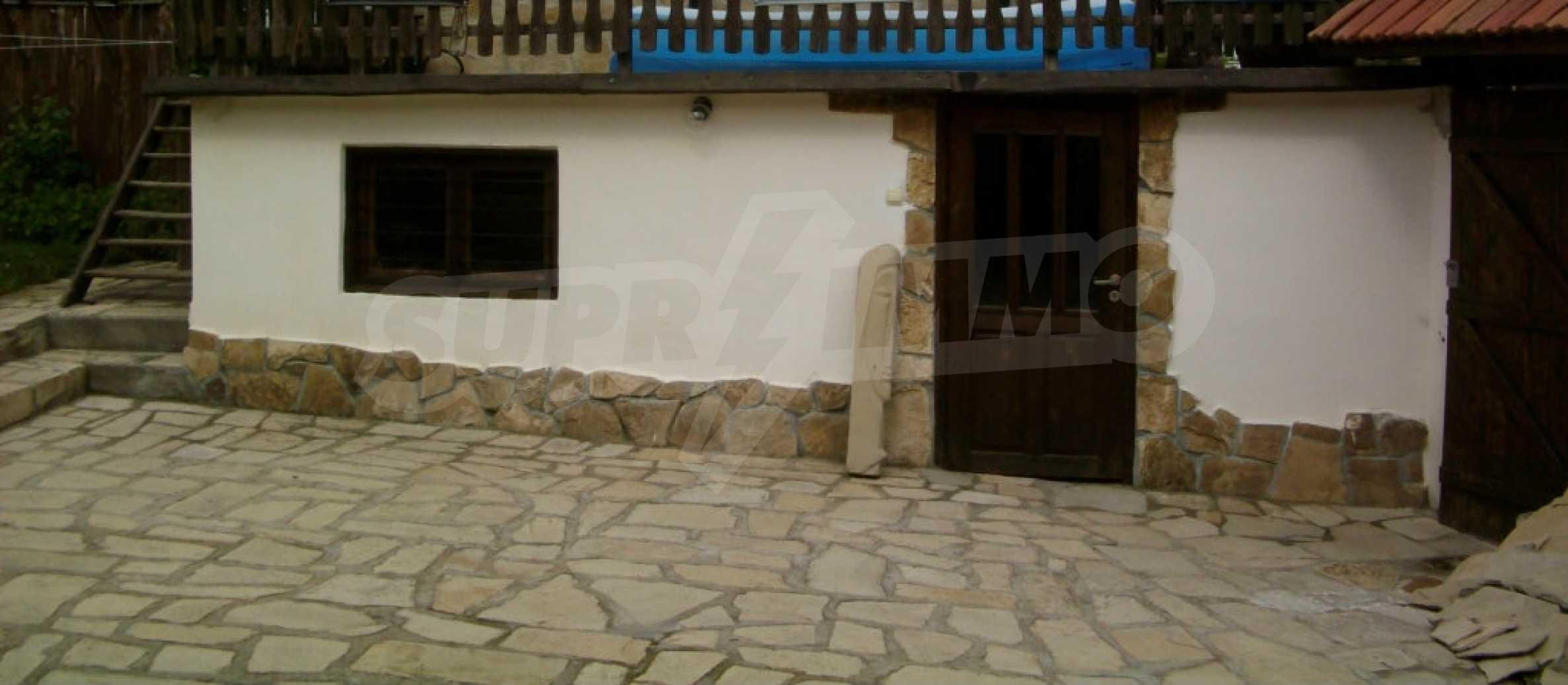 Vollständig möbliertes Anwesen im erhaltenen traditionellen bulgarischen Stil 37