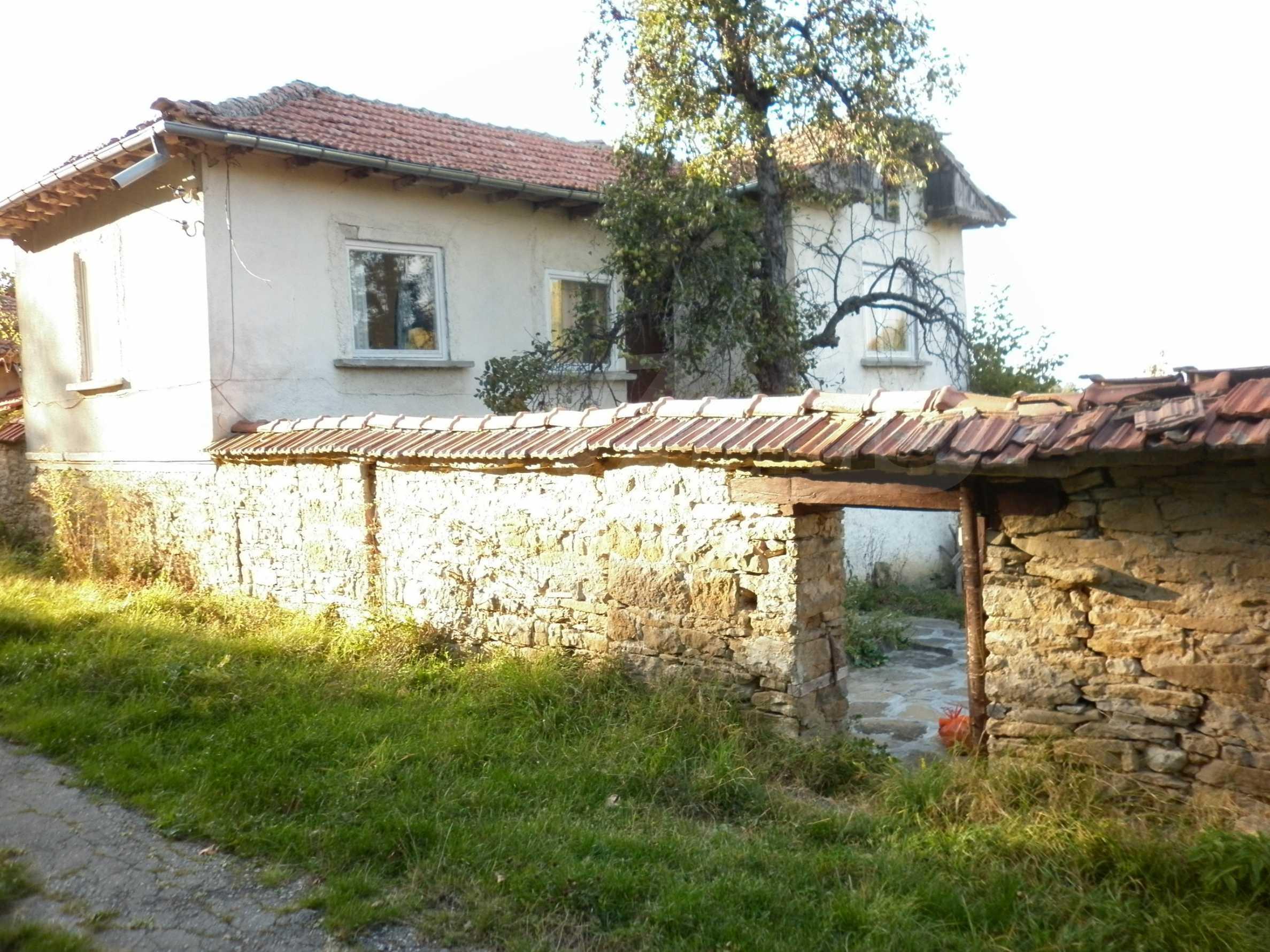 Berghaus mit Garage in einem Dorf 11 km von Gabrovo entfernt 27