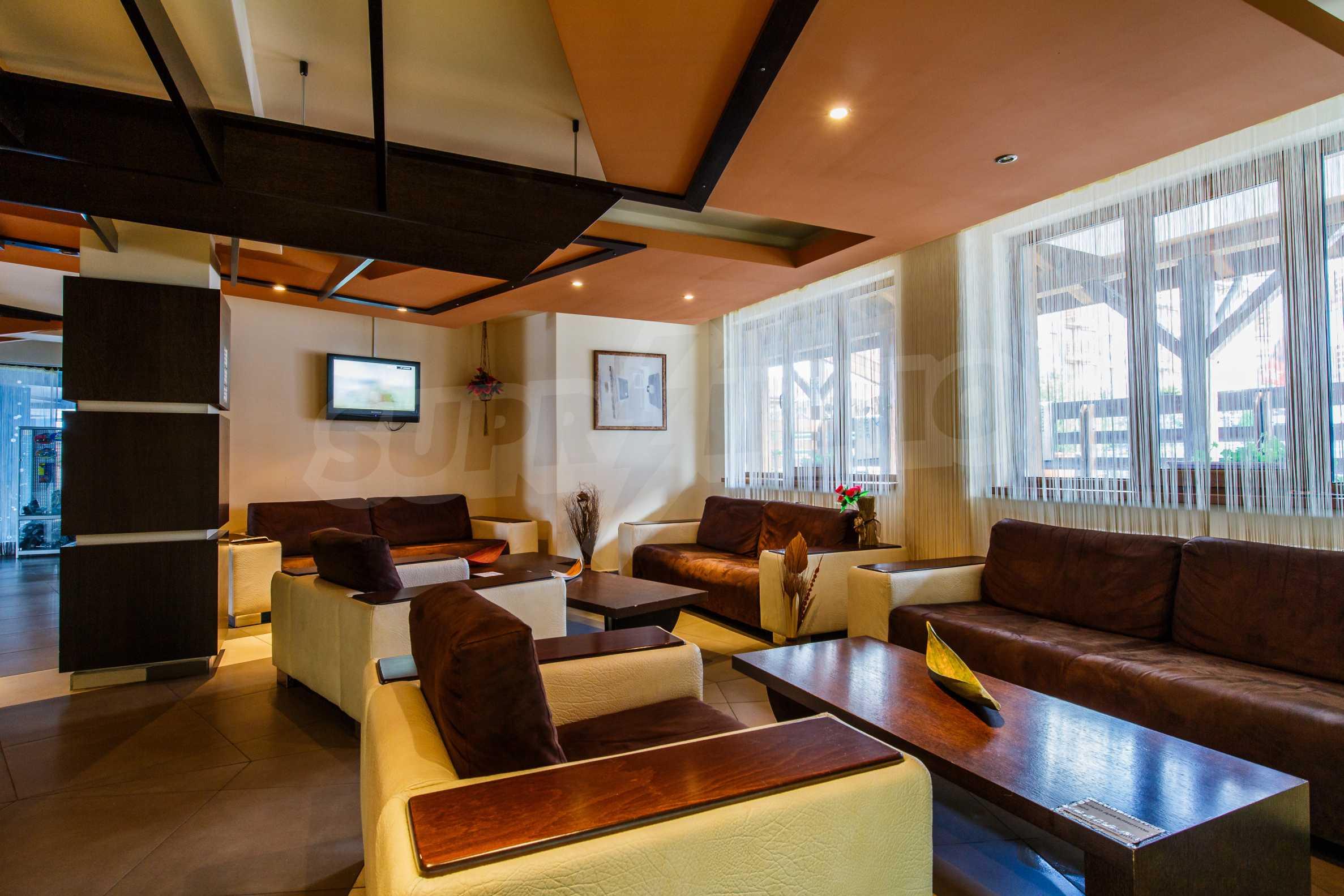 Двустаен апартамент с модерно обзавеждане в Банско 14